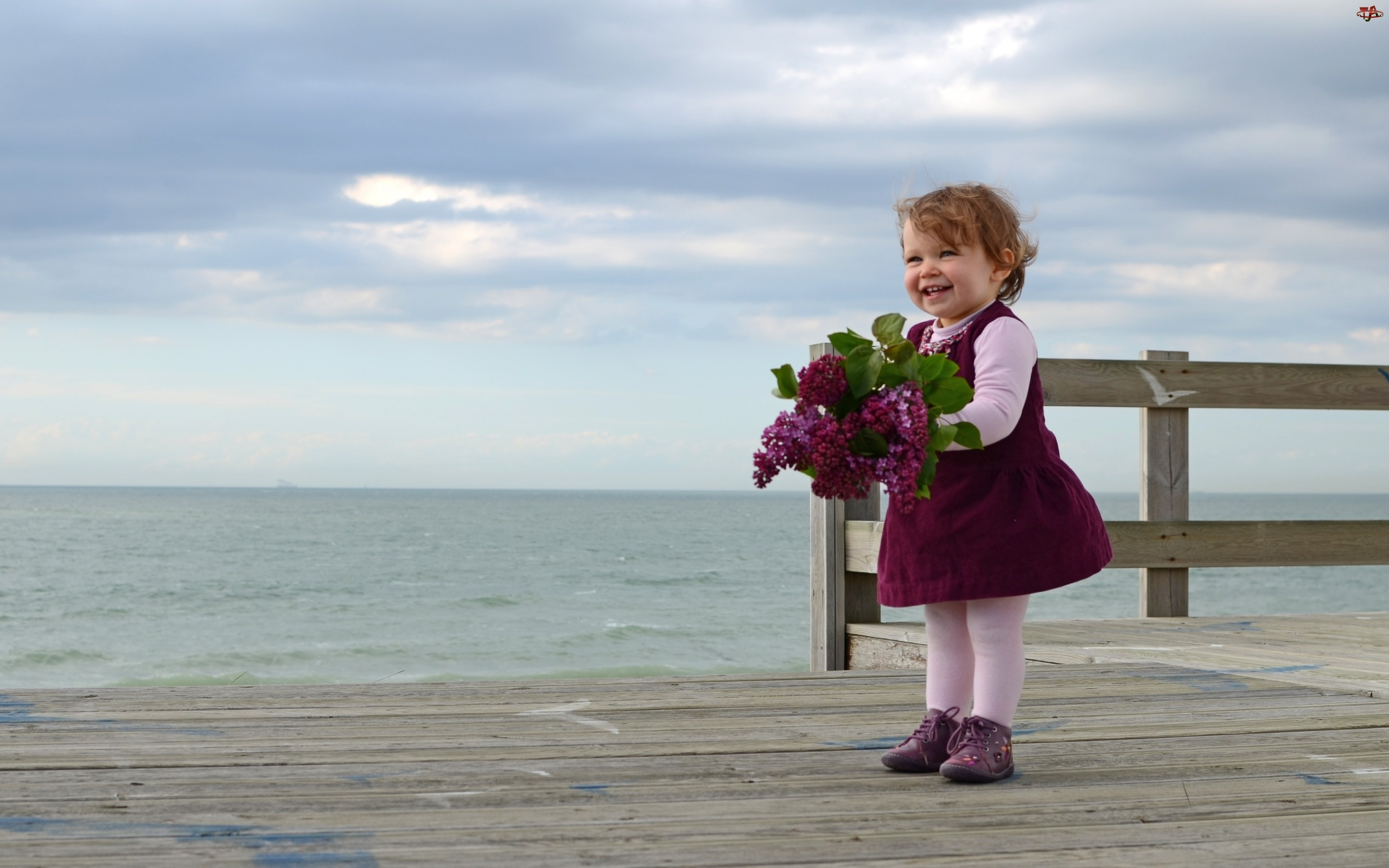 Kwiaty, Mała, Dziewczynka