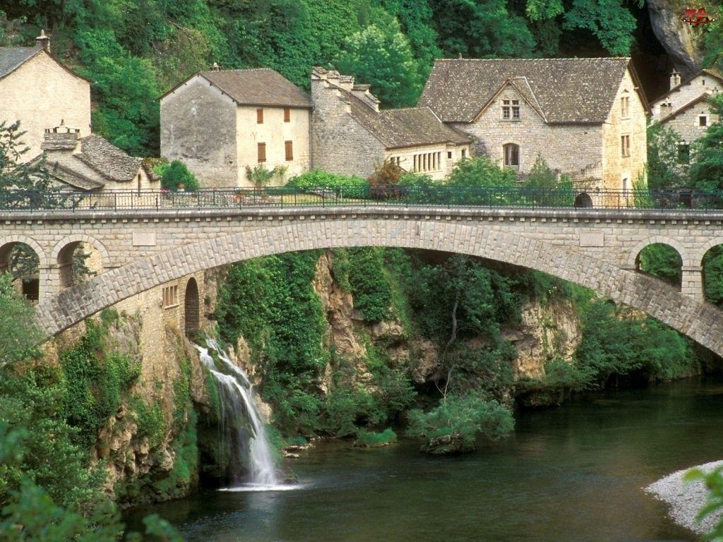 Rzeka, Francja, Most