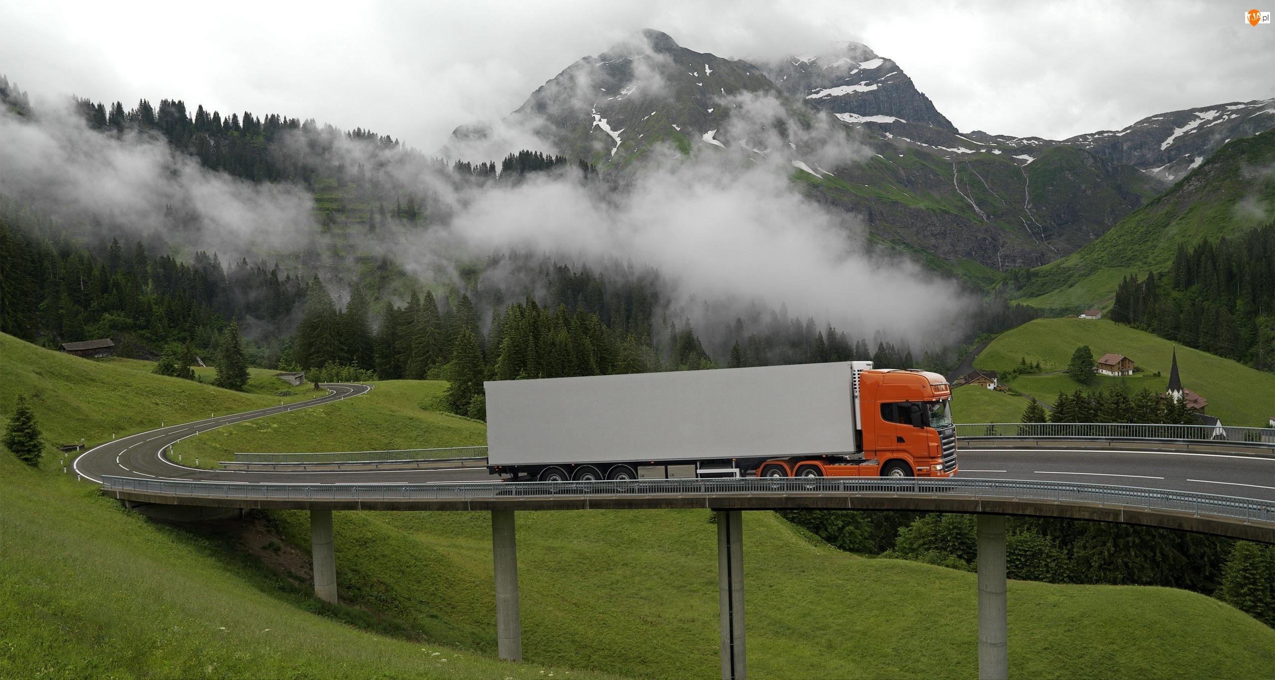 Most, Góry, Mgła