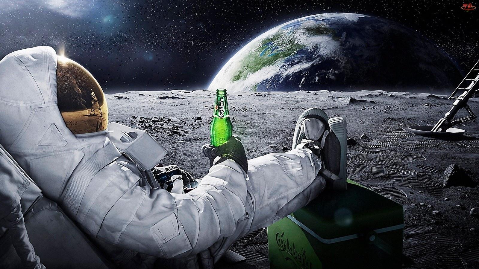 Astronauta, Carlsberg, Kosmos
