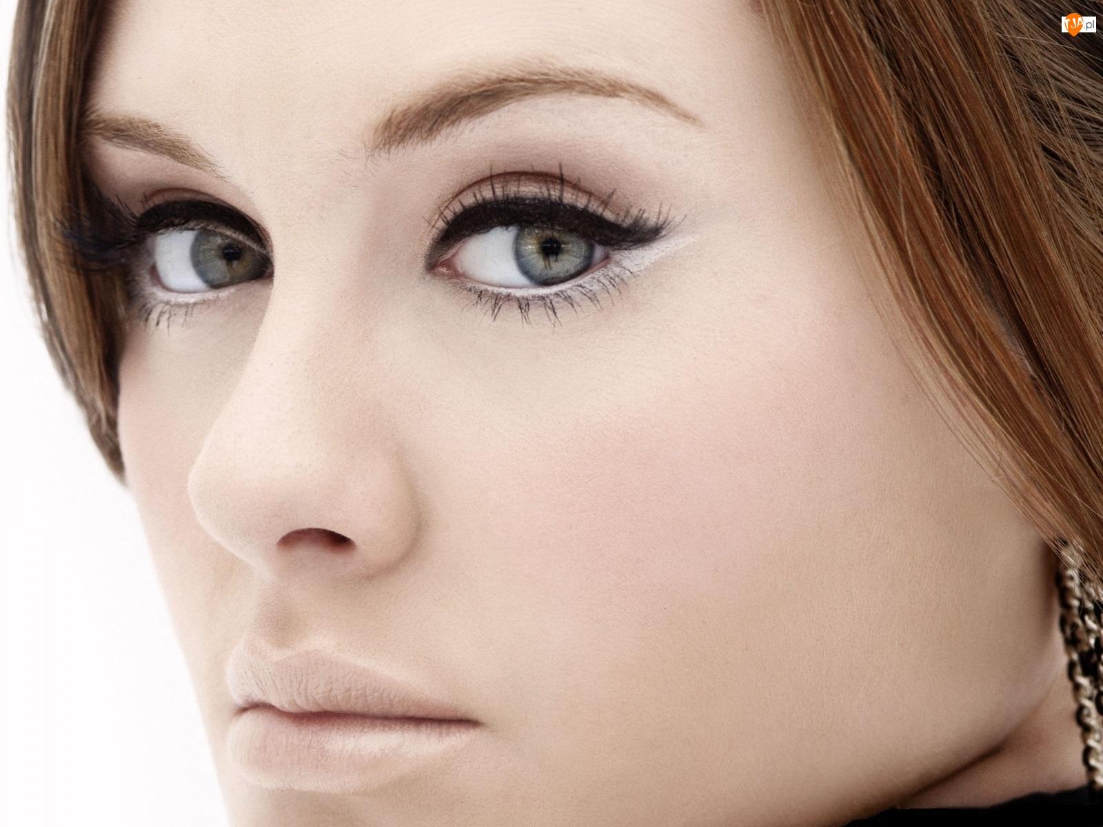Adele Silva, Makijaż