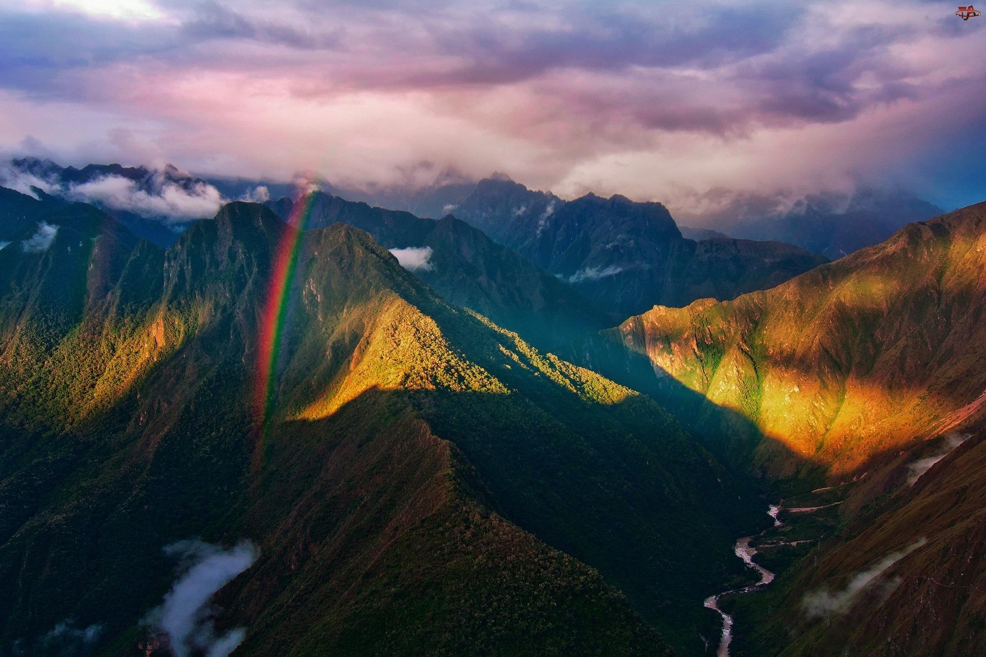 Tęcza, Chmury, Góry