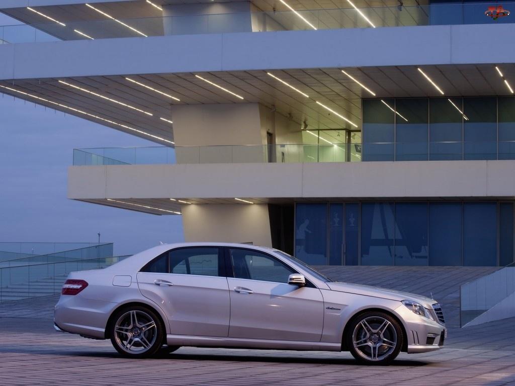 Miasto, Mercedes Benz E63, AMG