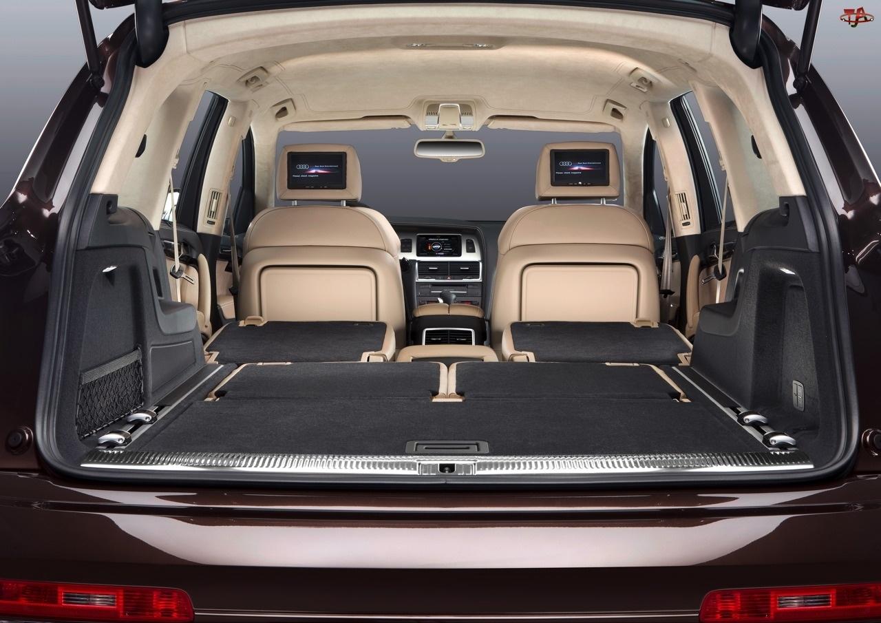 Bagażowa, Audi Q7, Przestrzeń