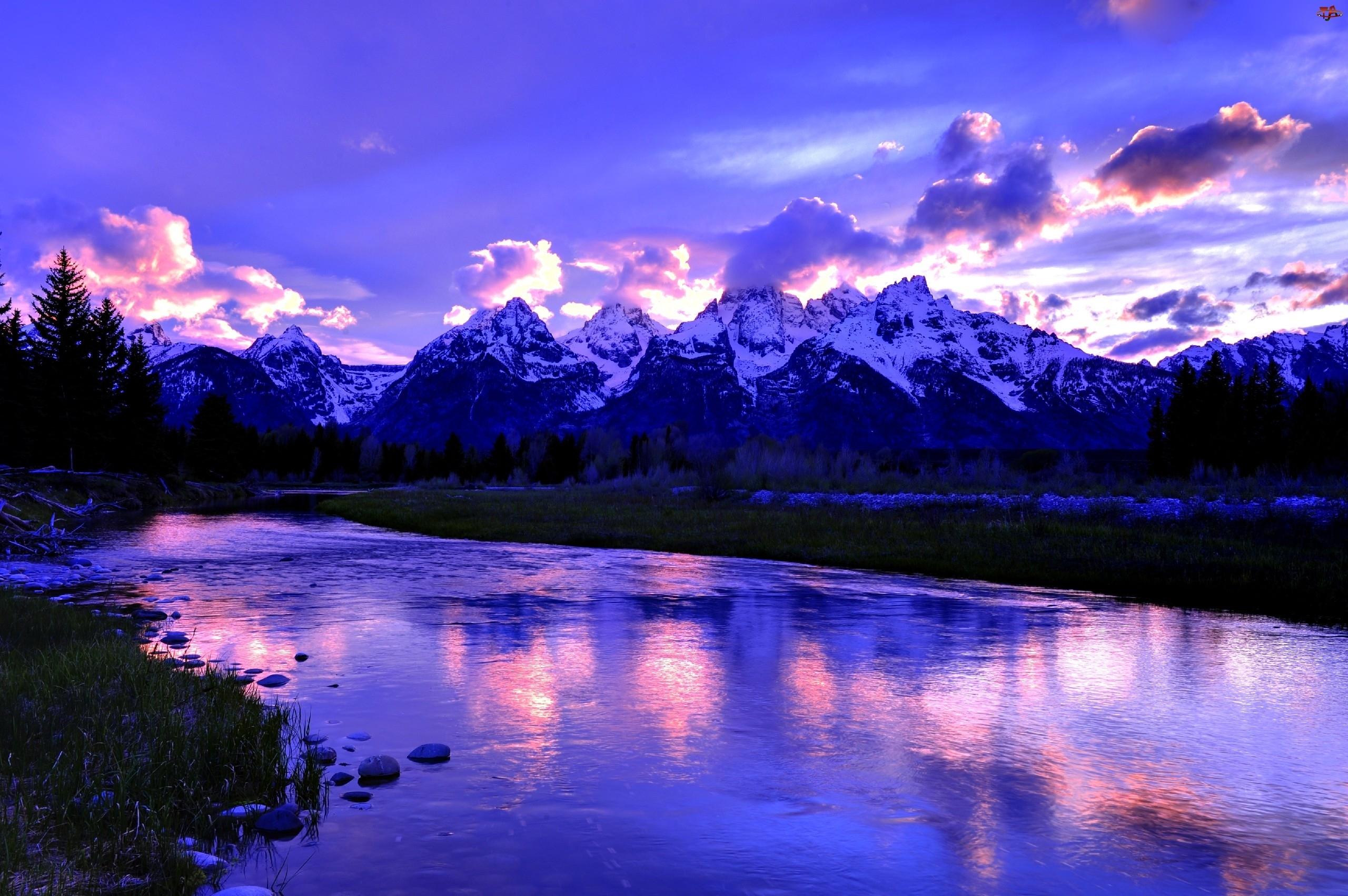 Zmierzch, Góry, Jezioro