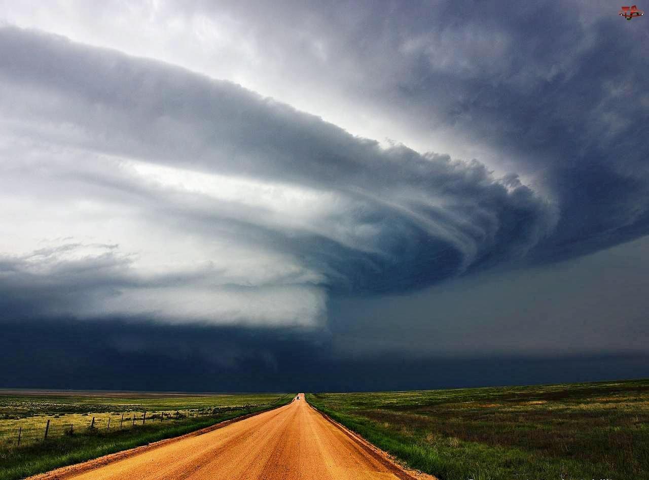 Tornado, Droga, Łąki