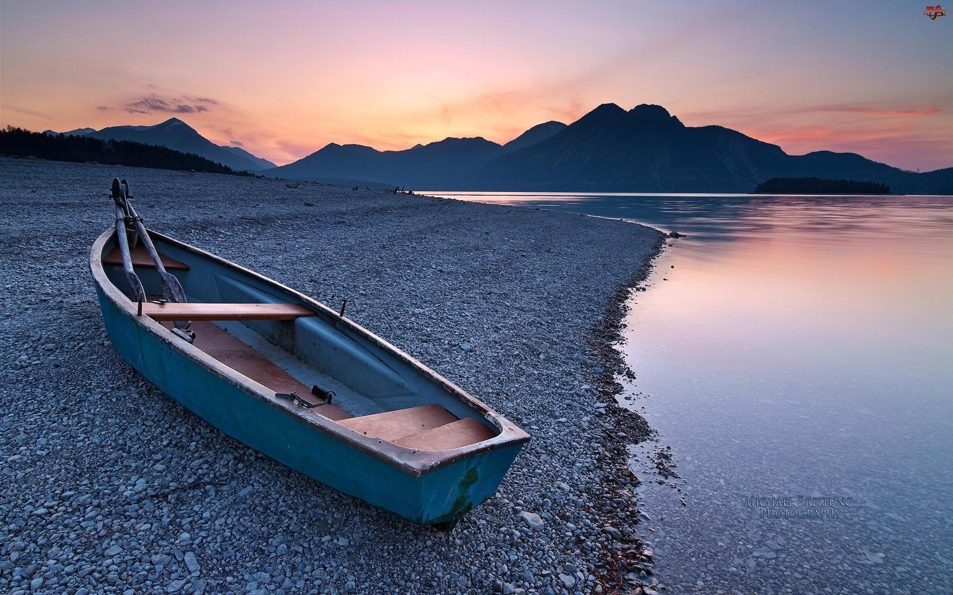 Łódka, Jezioro, Góry