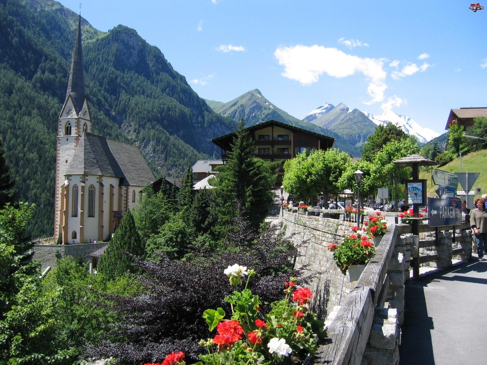 Domy, Skrzynki, Góry, Pelargonie, Wioska, Kościół