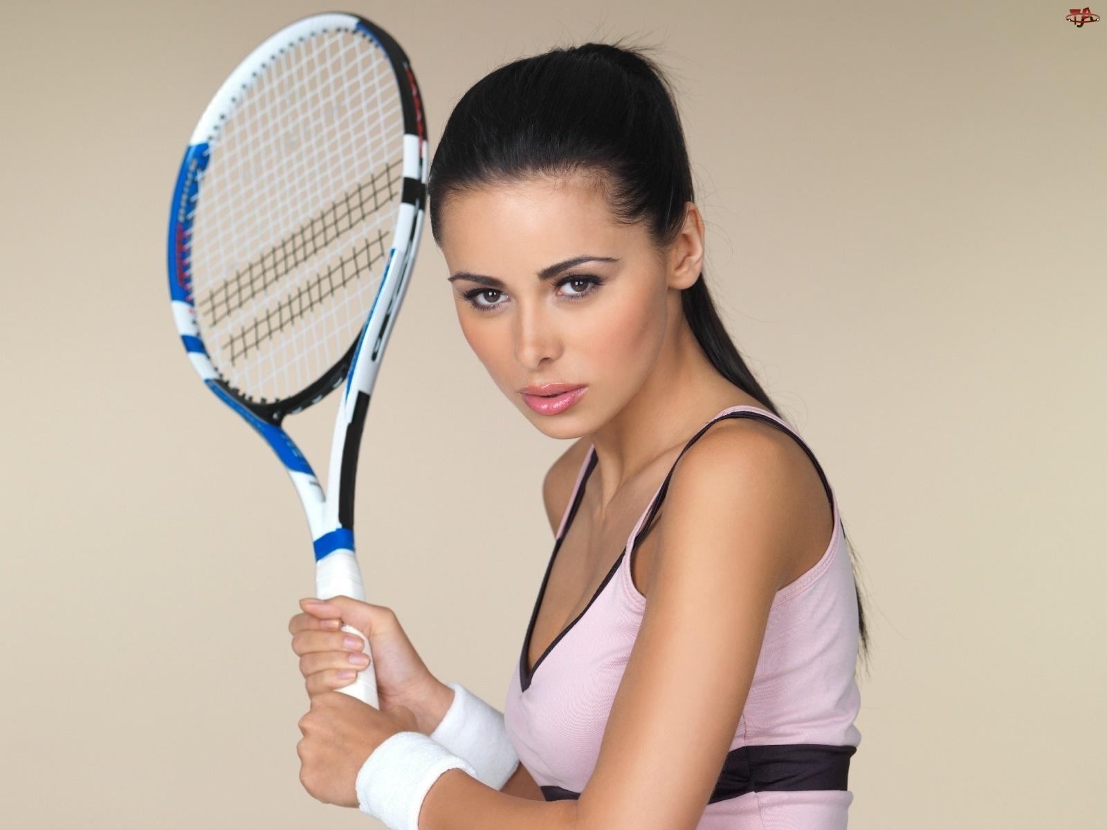 Tenisistka, Rakieta