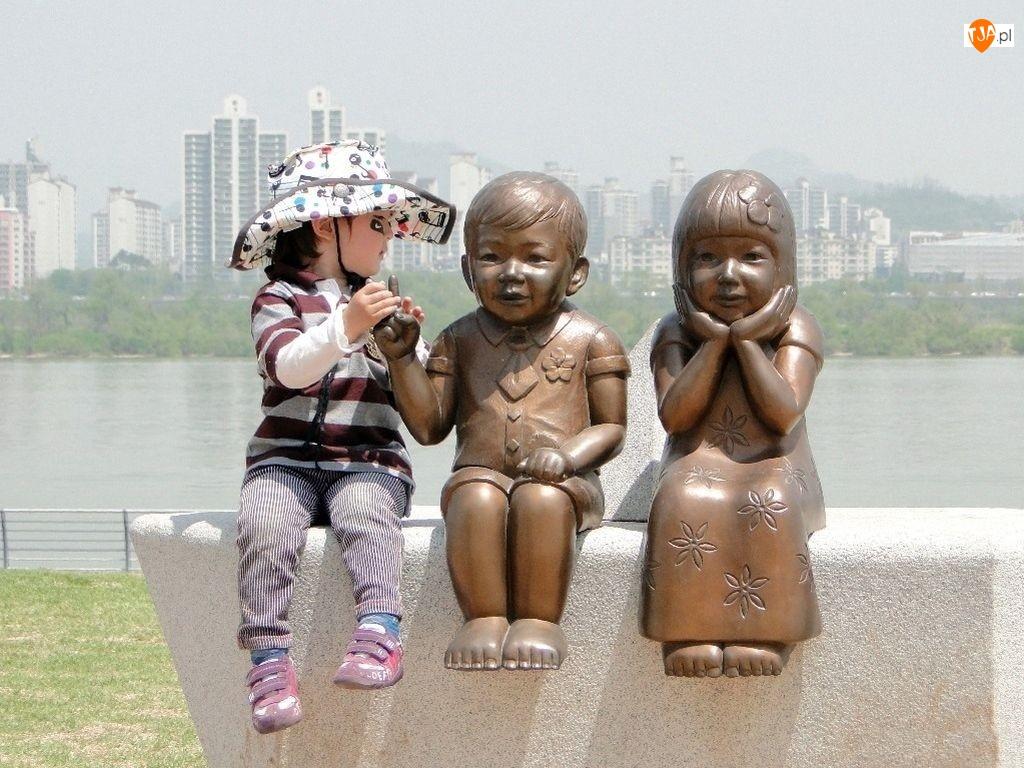 Posągi, Dziecko, Dwa