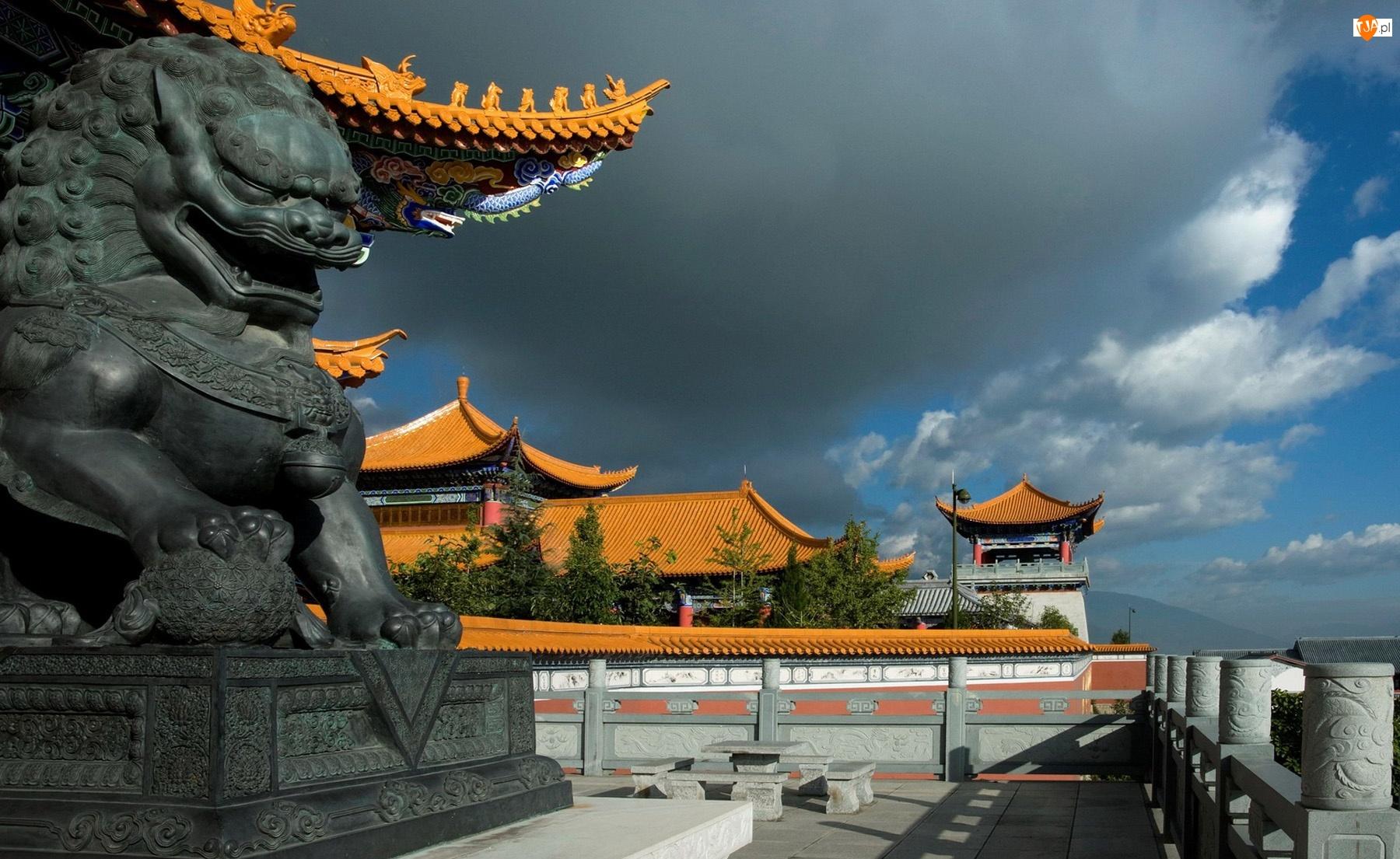 Chiny, Zabytki