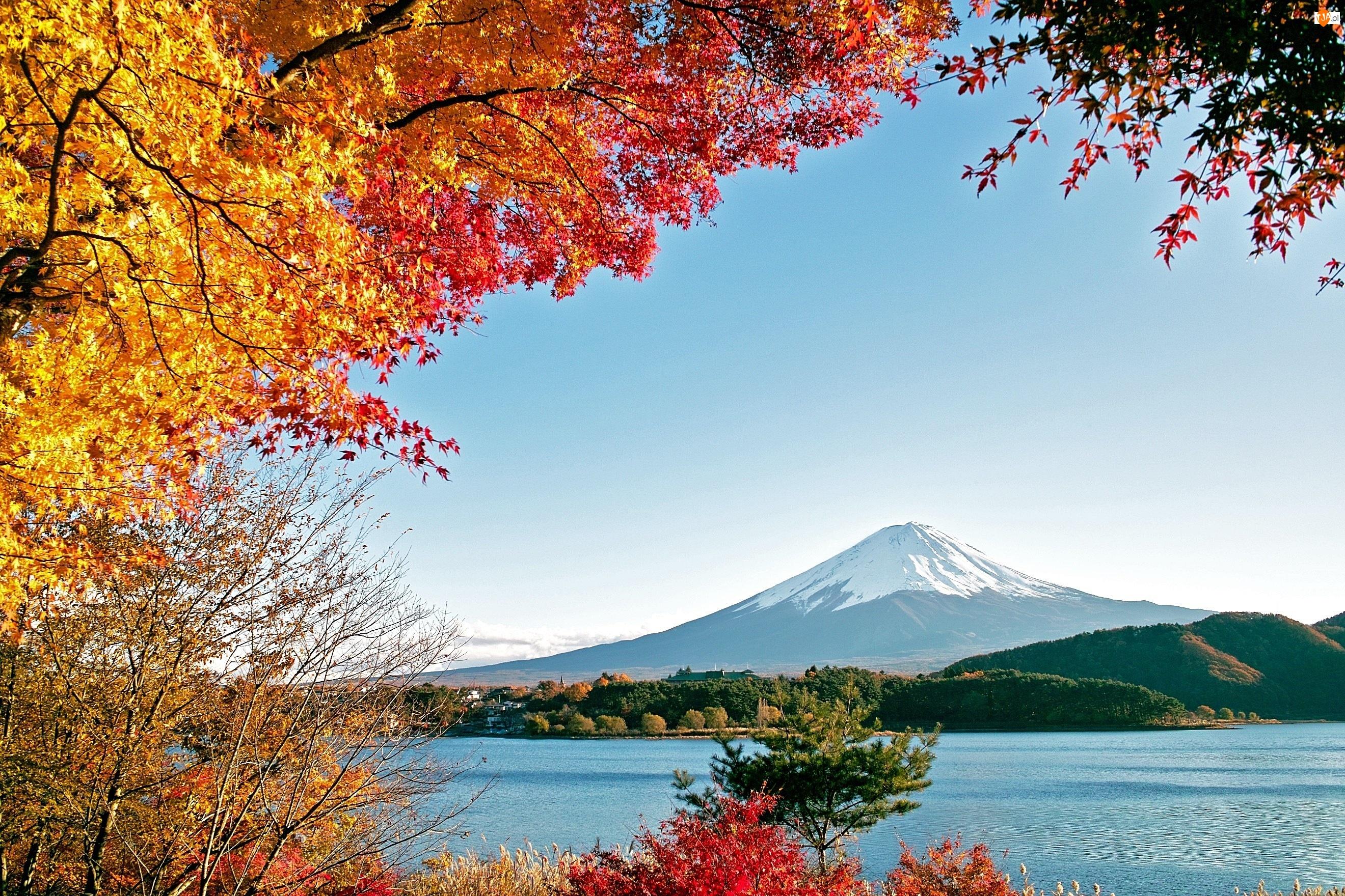Góry, Jesień, Jezioro, Drzewa