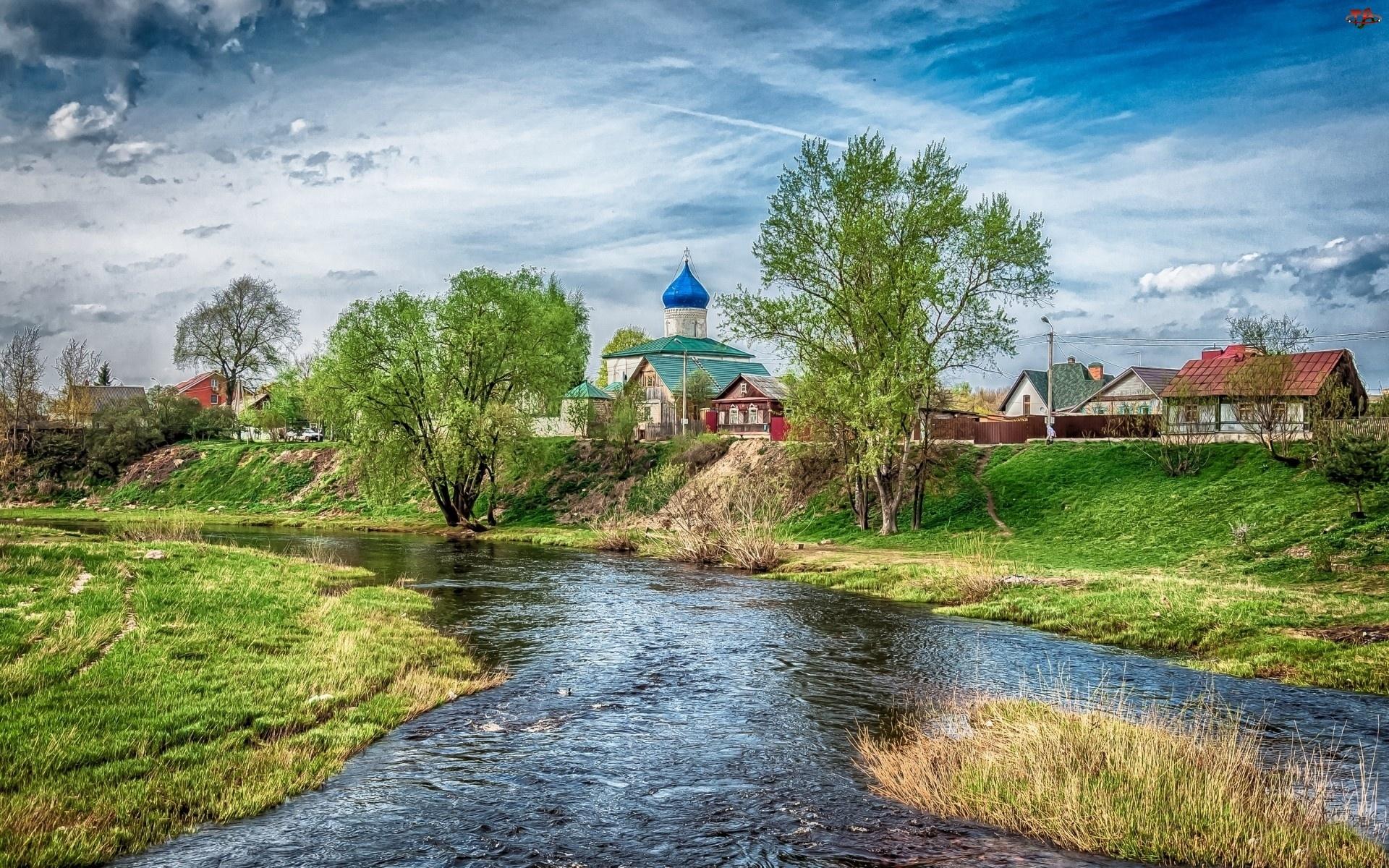 Domy, Psków, Rzeka, Cerkiew, Drzewa