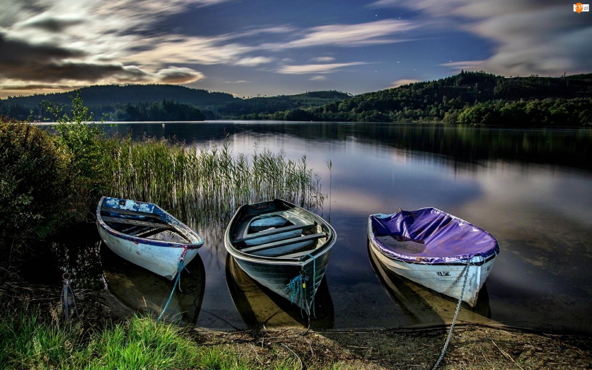 Jezioro, Trzcina, Wzgórza, Łódki