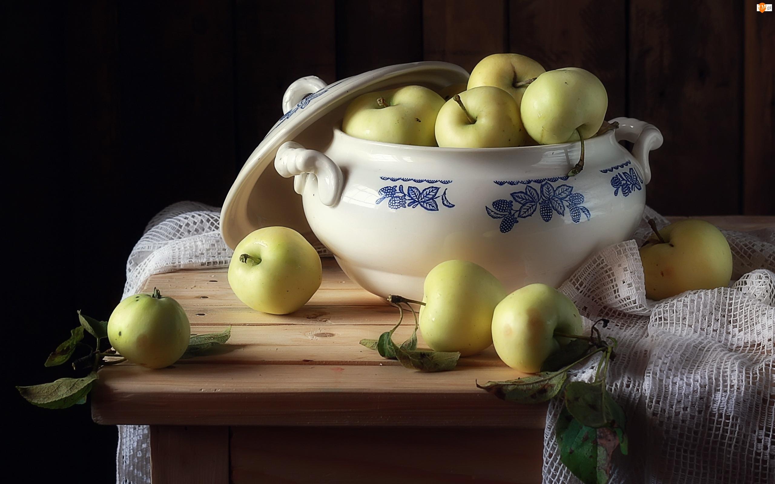 Waza, Jablka