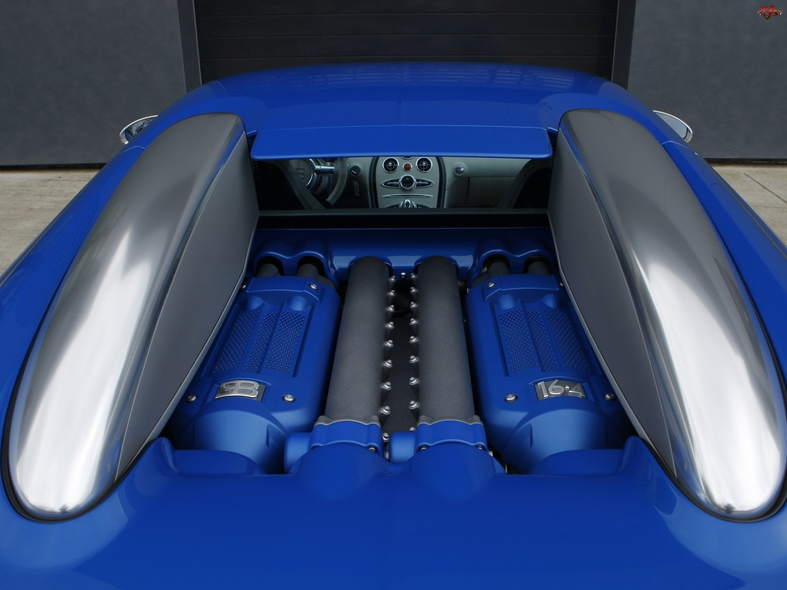 Bugatti Veyron Bleu Centenaire, Silnik
