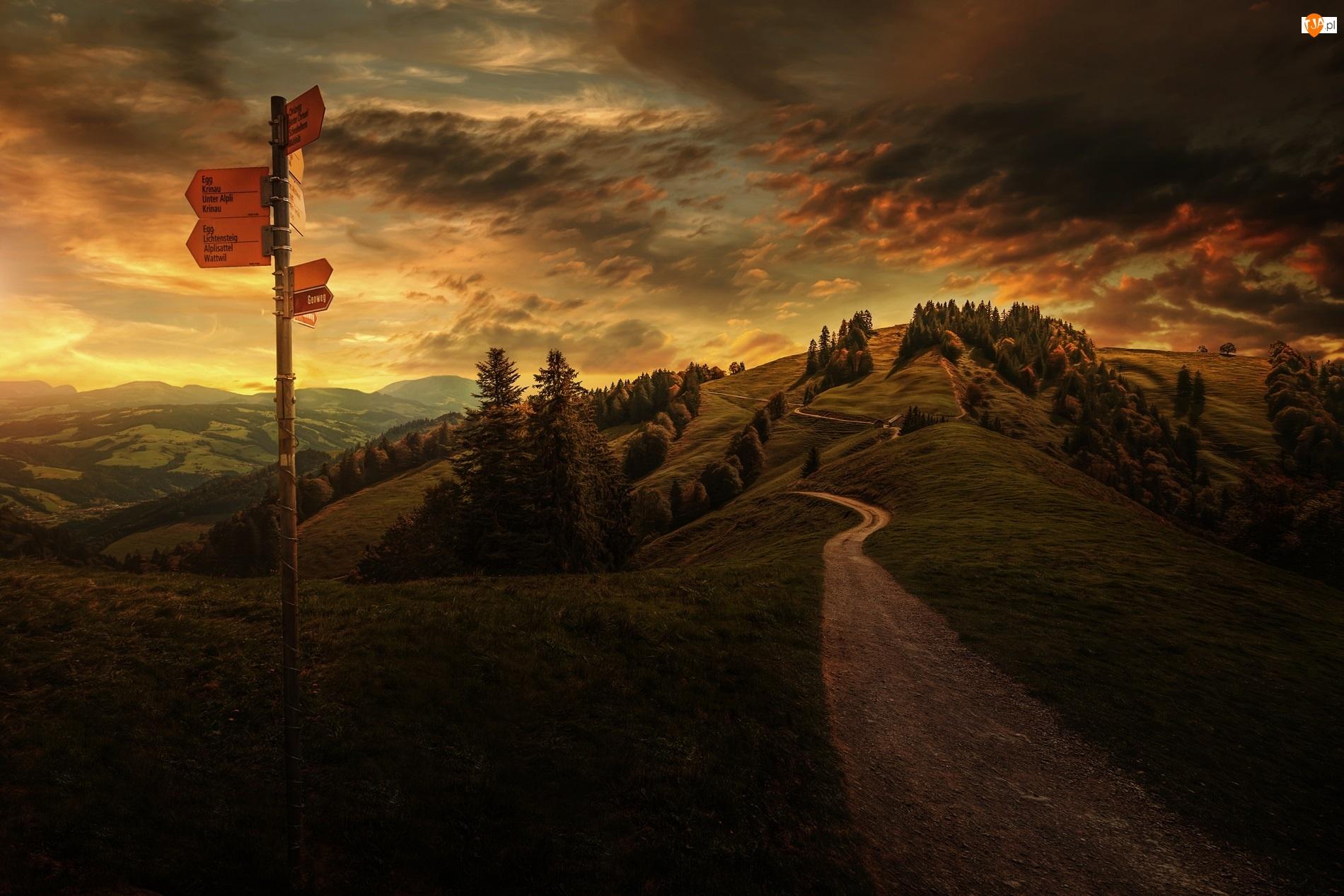 Zachód Słońca, Góry, Drogowskaz, Ścieżka, Chmury