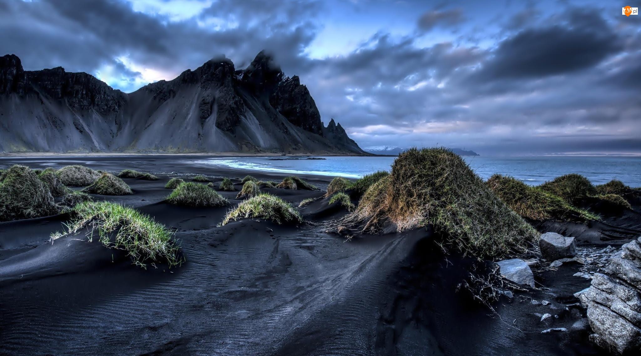 Morze, Islandia, Góry, Chmury