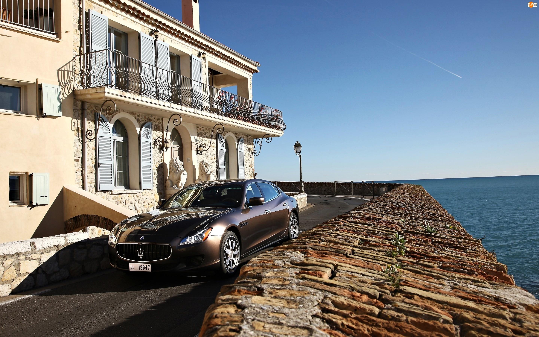 Morze, Maserati Quattroporte 31, Dom