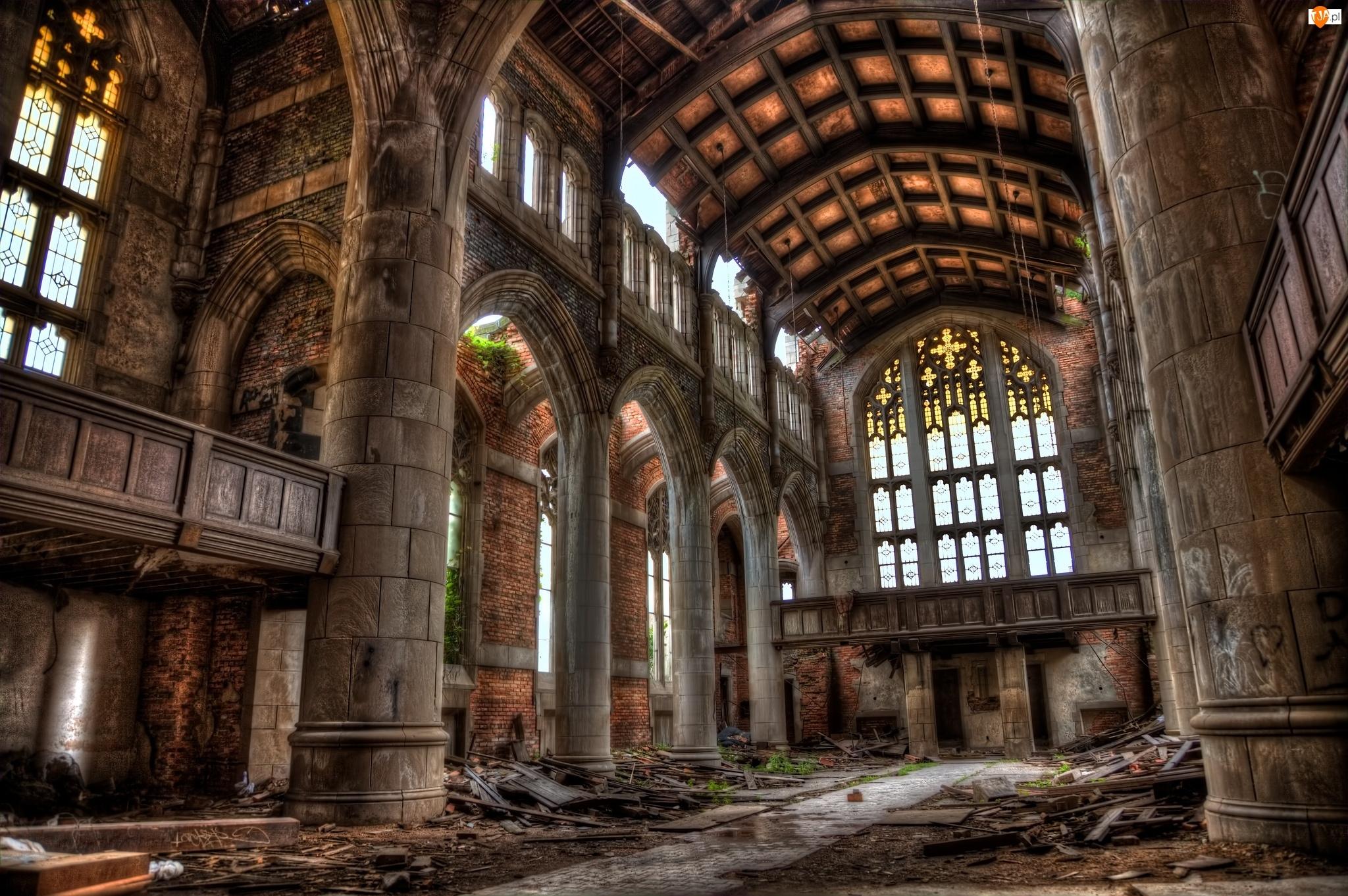 Kościół, Ruina