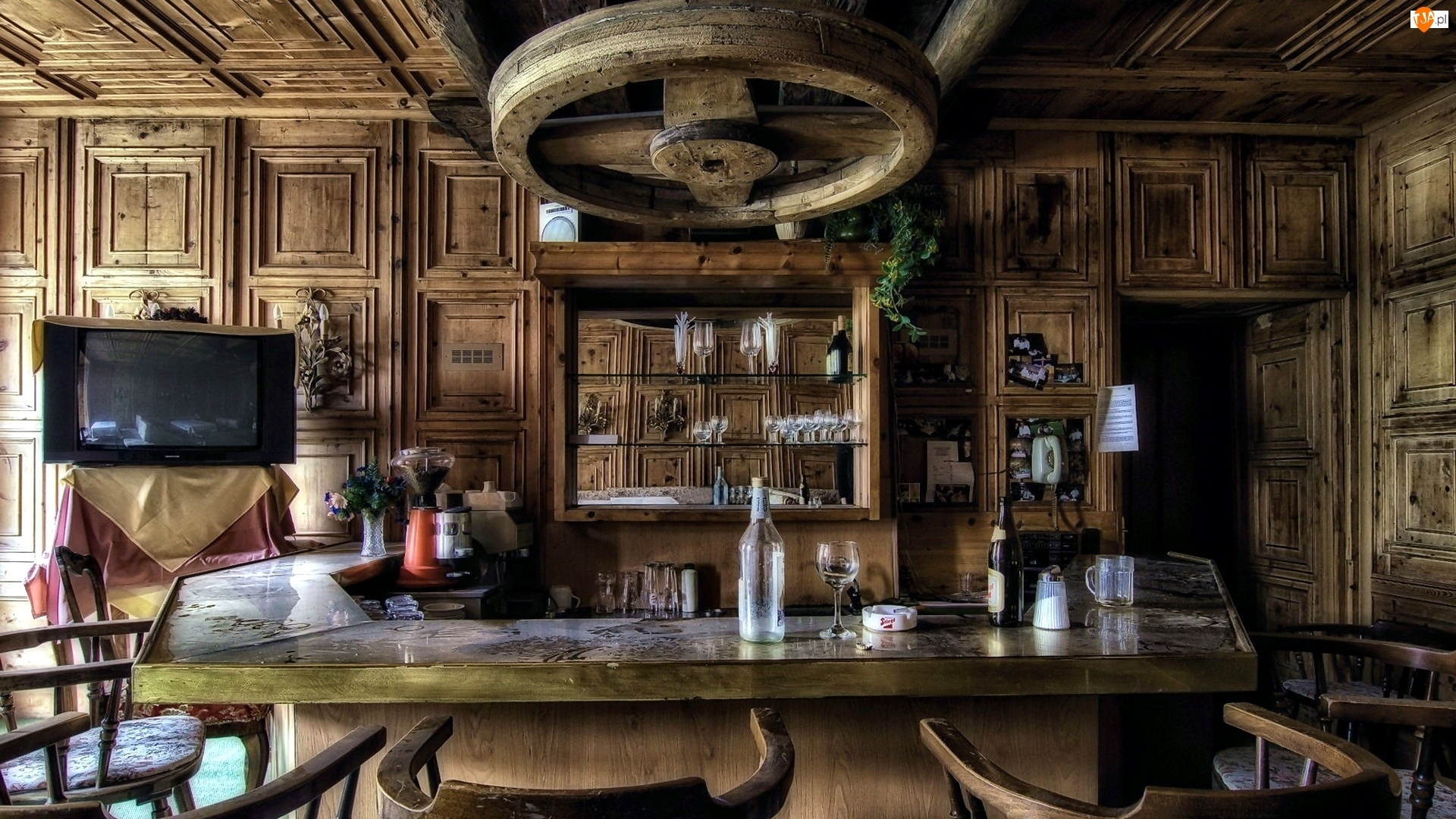 Barek, Wnętrze, Bar