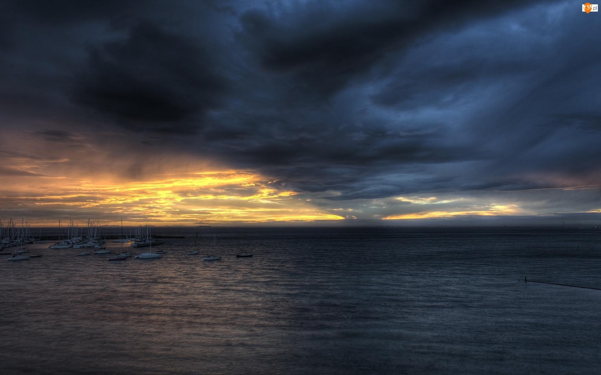 Łódki, Morze, Niebo, Pochmurne, Jachty