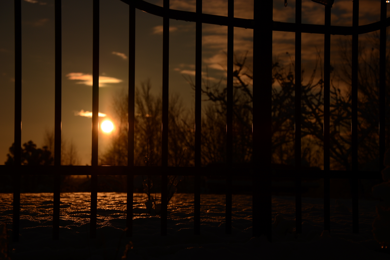 Zachód słońca, Zima, Brama