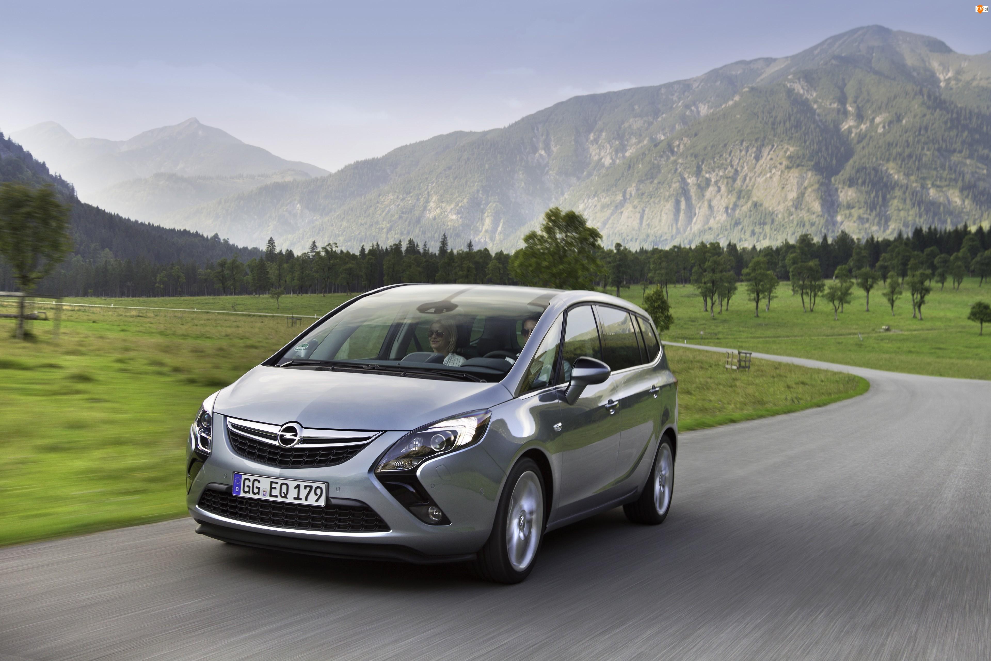 Opel, Zafira