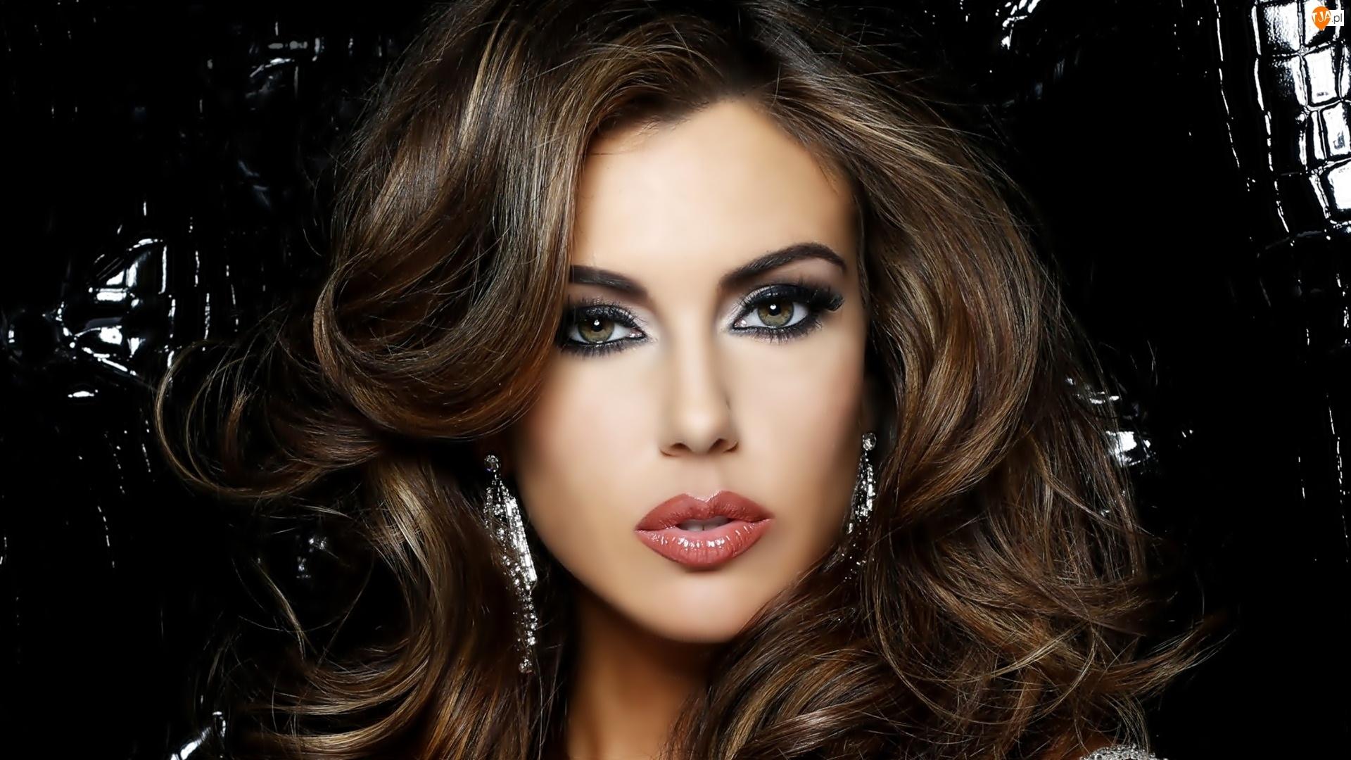 Erin Brady, Biżuteria