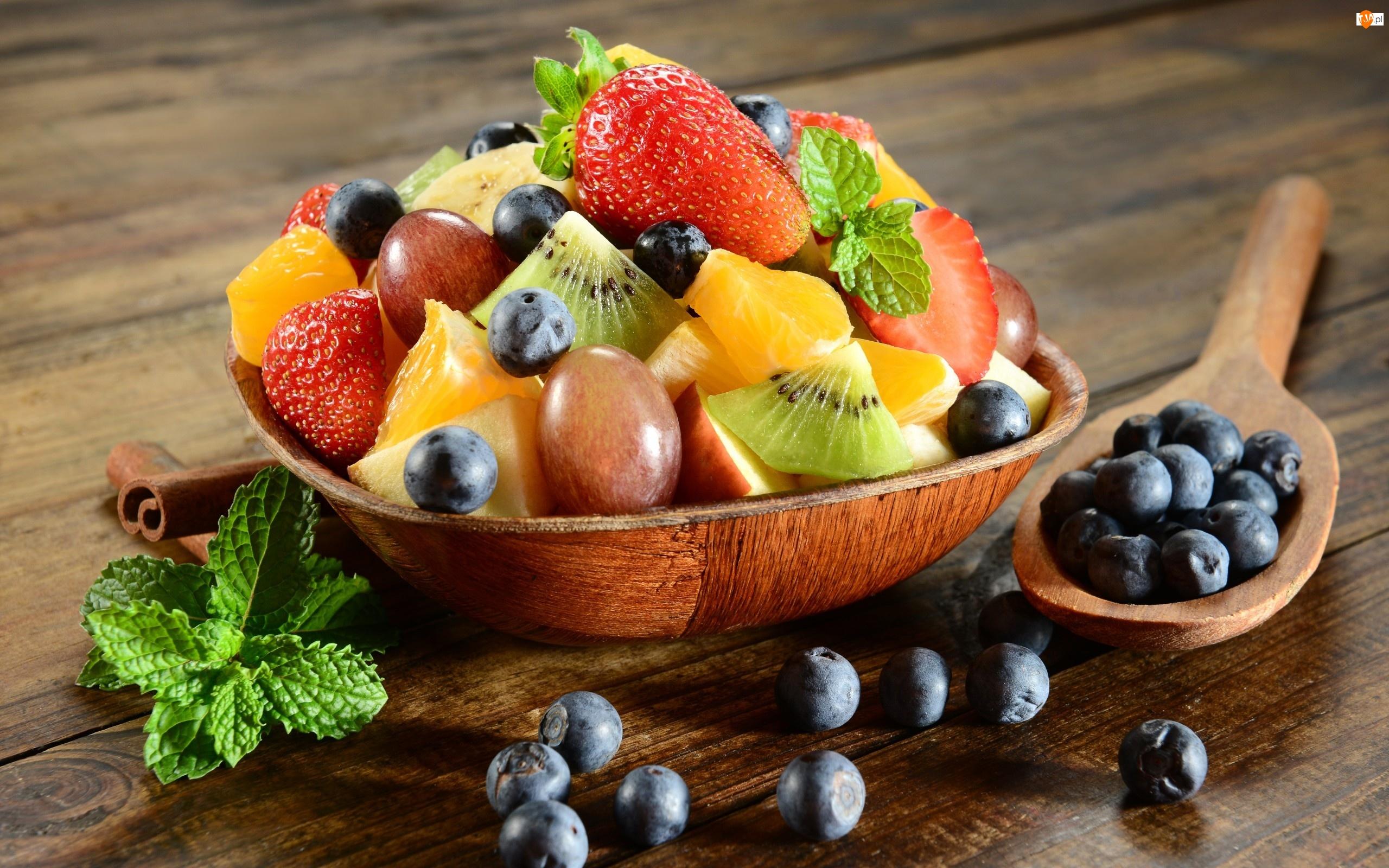 Ananas, Borówka, Kawałki, Łyżka, Owoce, Miska, Różne, Pomarańcza, Truskawka, Kiwi