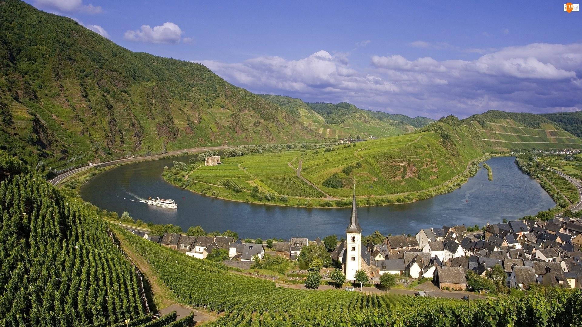 Rzeka, Miasteczko, Niemcy, Statek, Góry, Meander