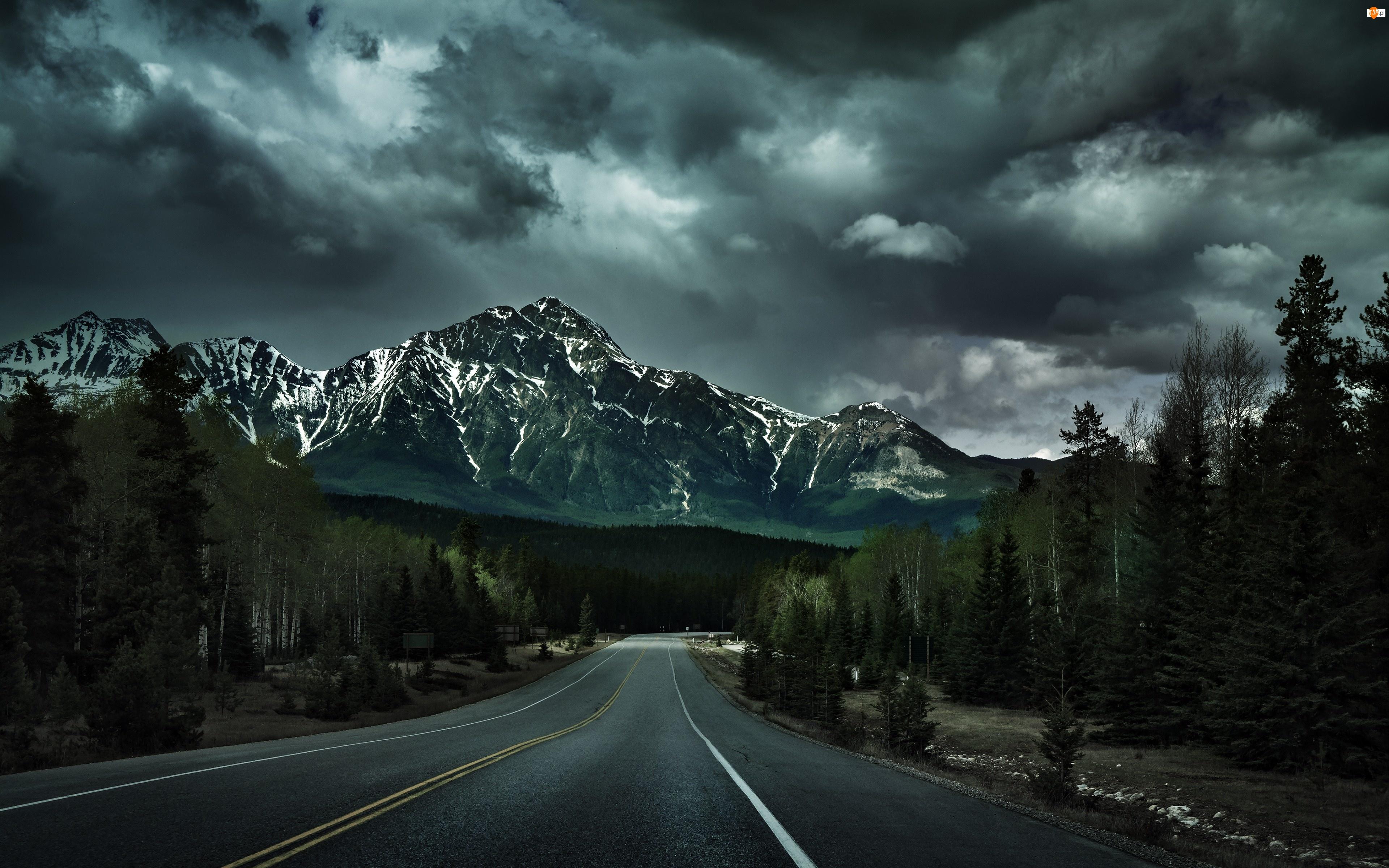 Chmury, Góry, Droga