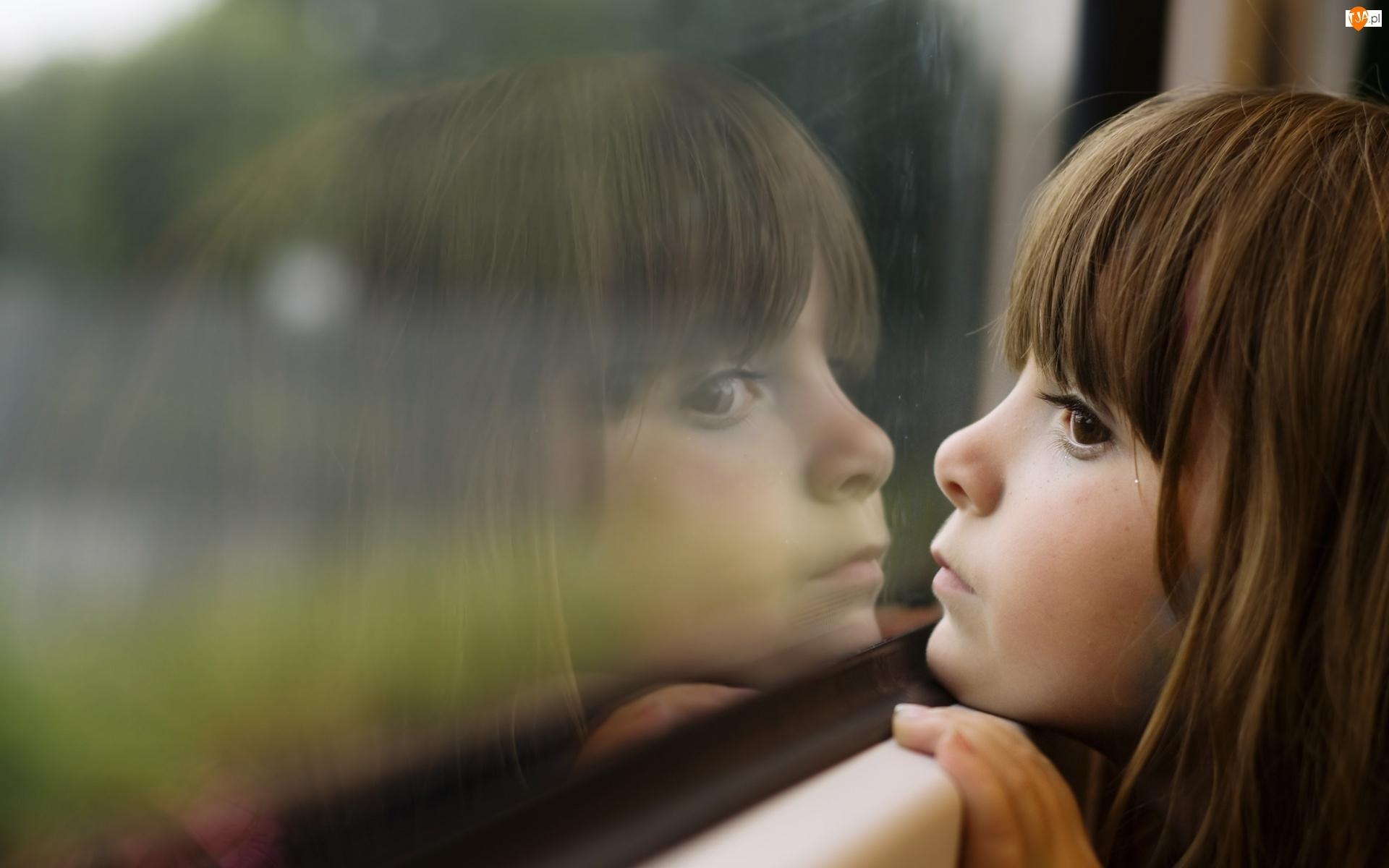 Odbicie, Dziecko, Okno, Dziewczynka, Szyba