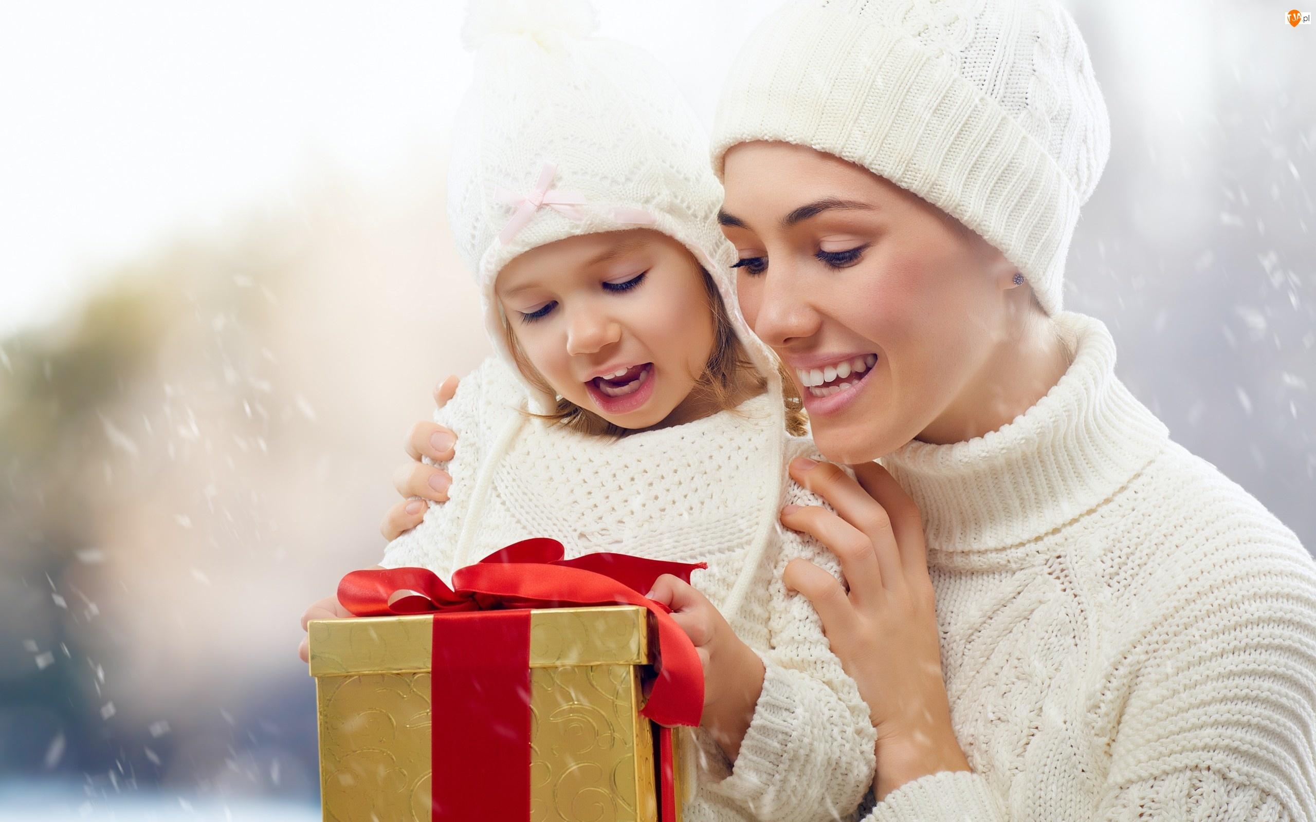Kobieta, Uśmiech, Dziecko, Prezent