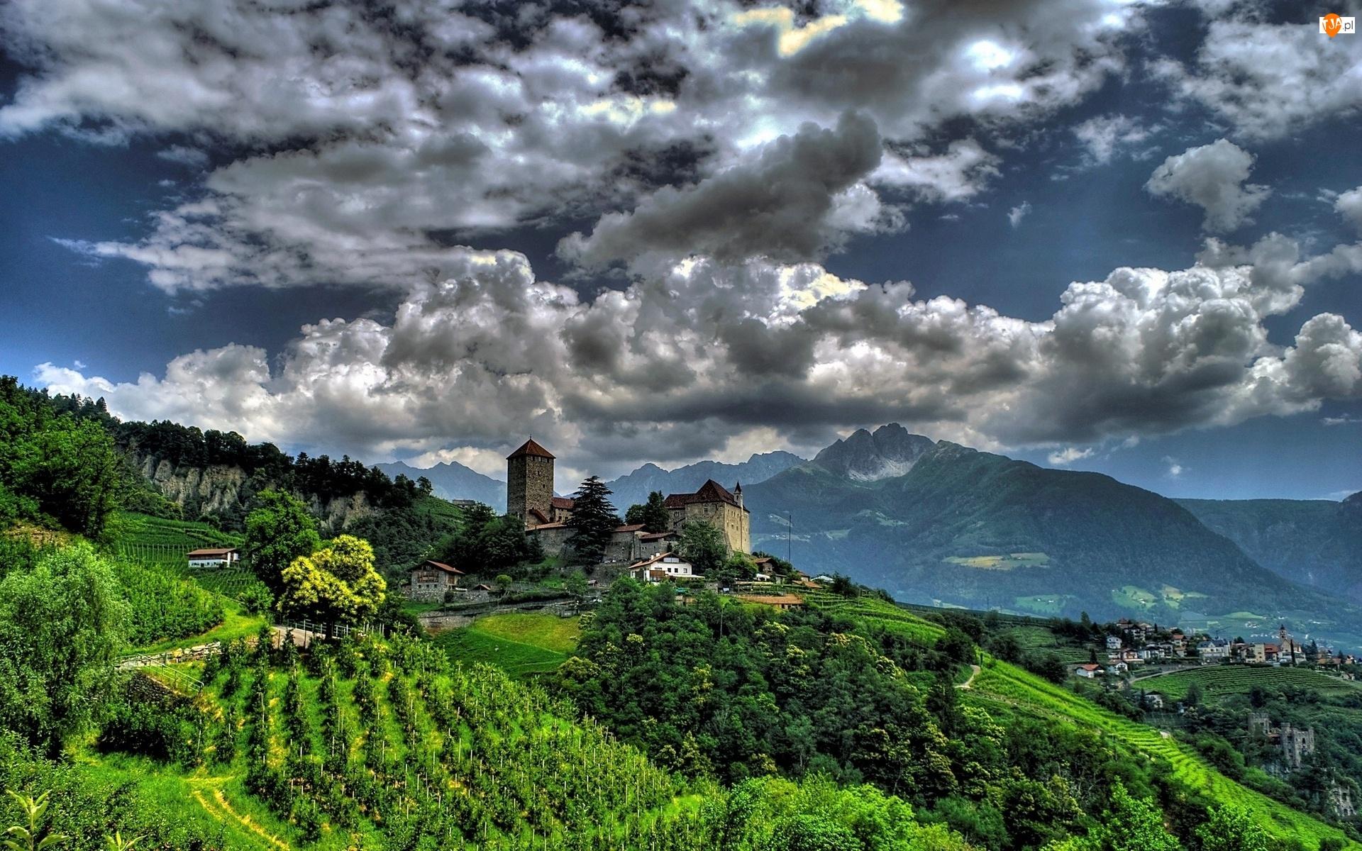 Góry, Chmury, Łąki, Tyrol, Wioska, Austria, Pola, Południowy