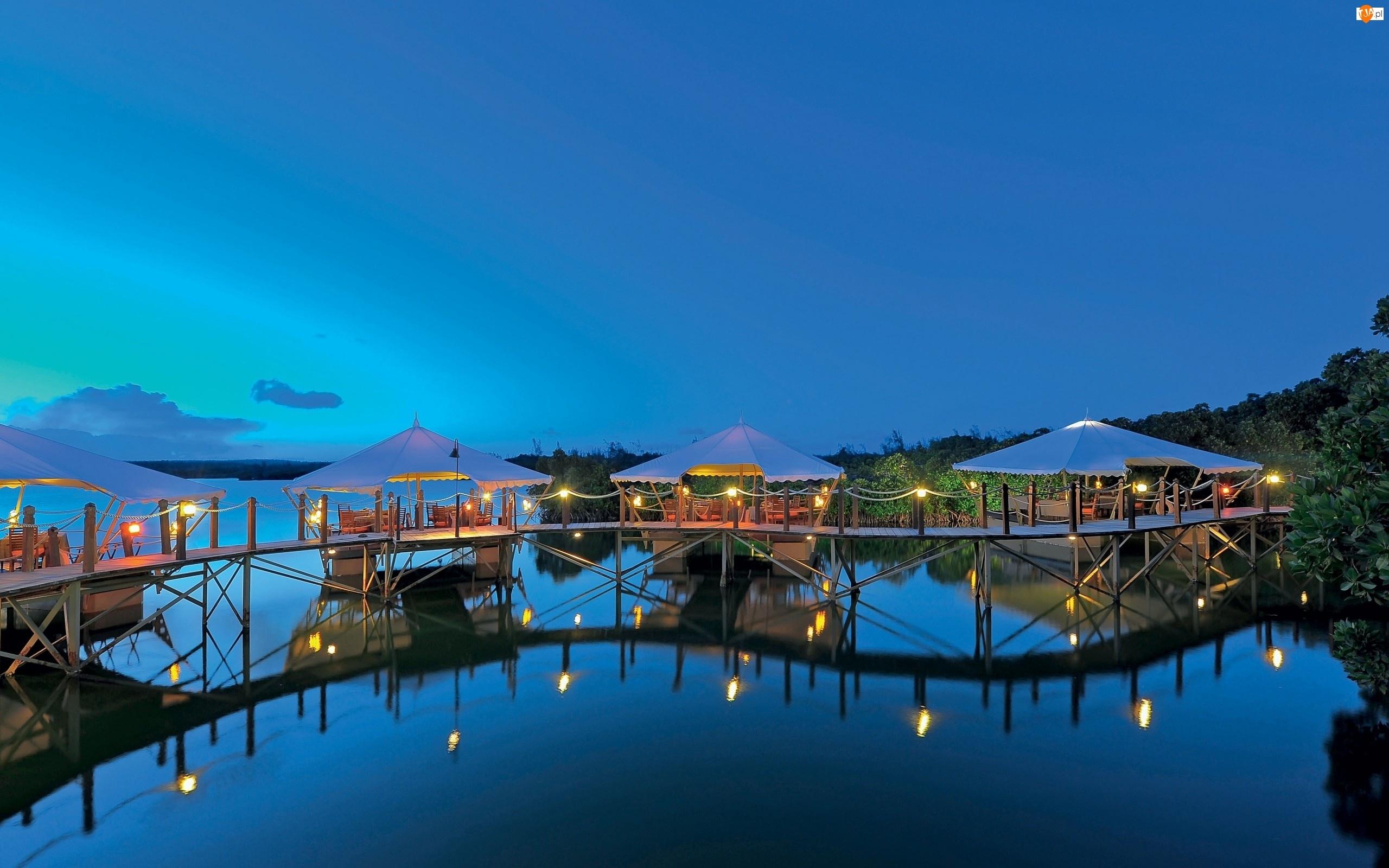 Jezioro, Restauracja, Mostek, Parasole, Oświetlenie