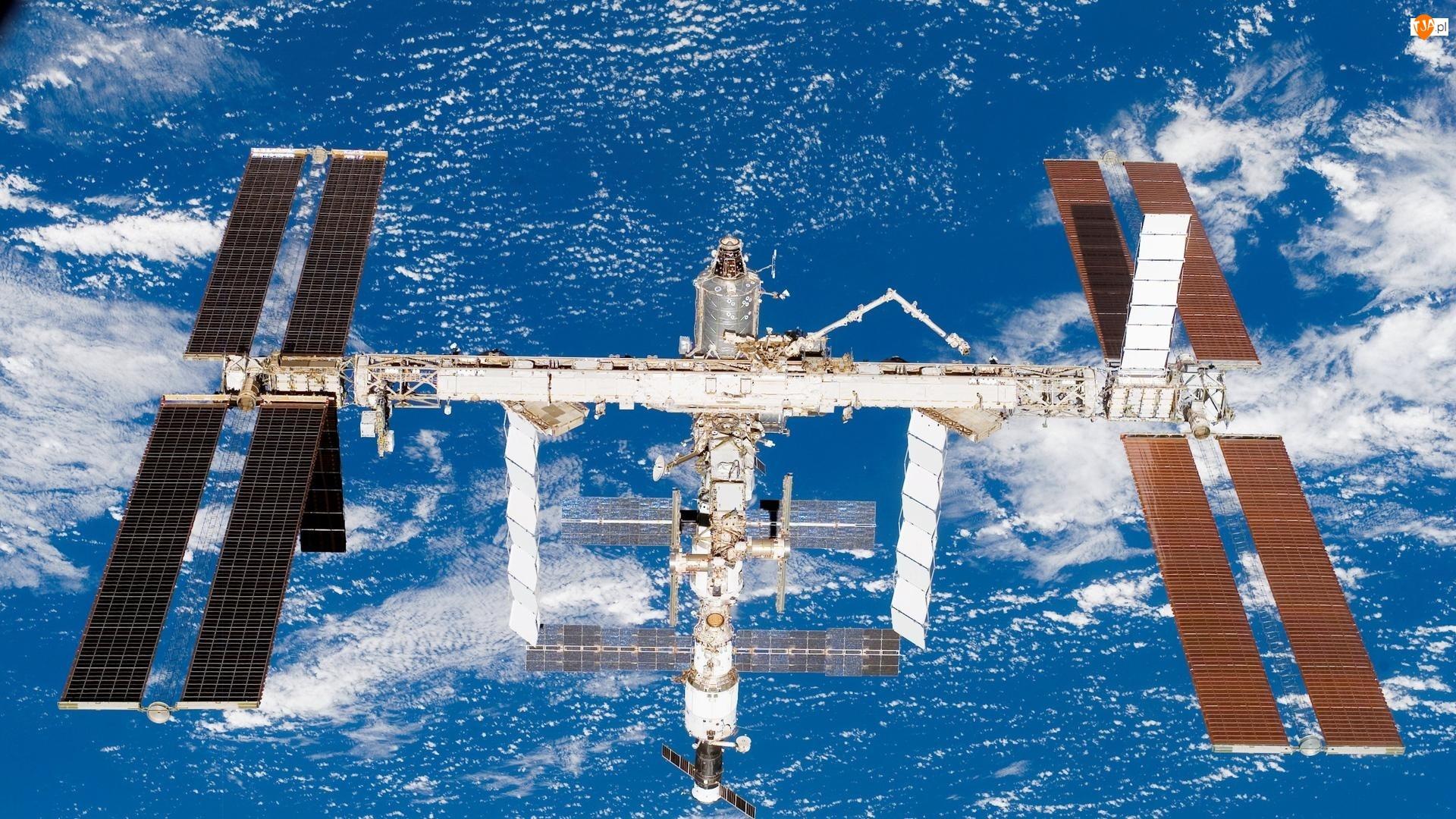 Kosmos, Stacja Kosmiczna