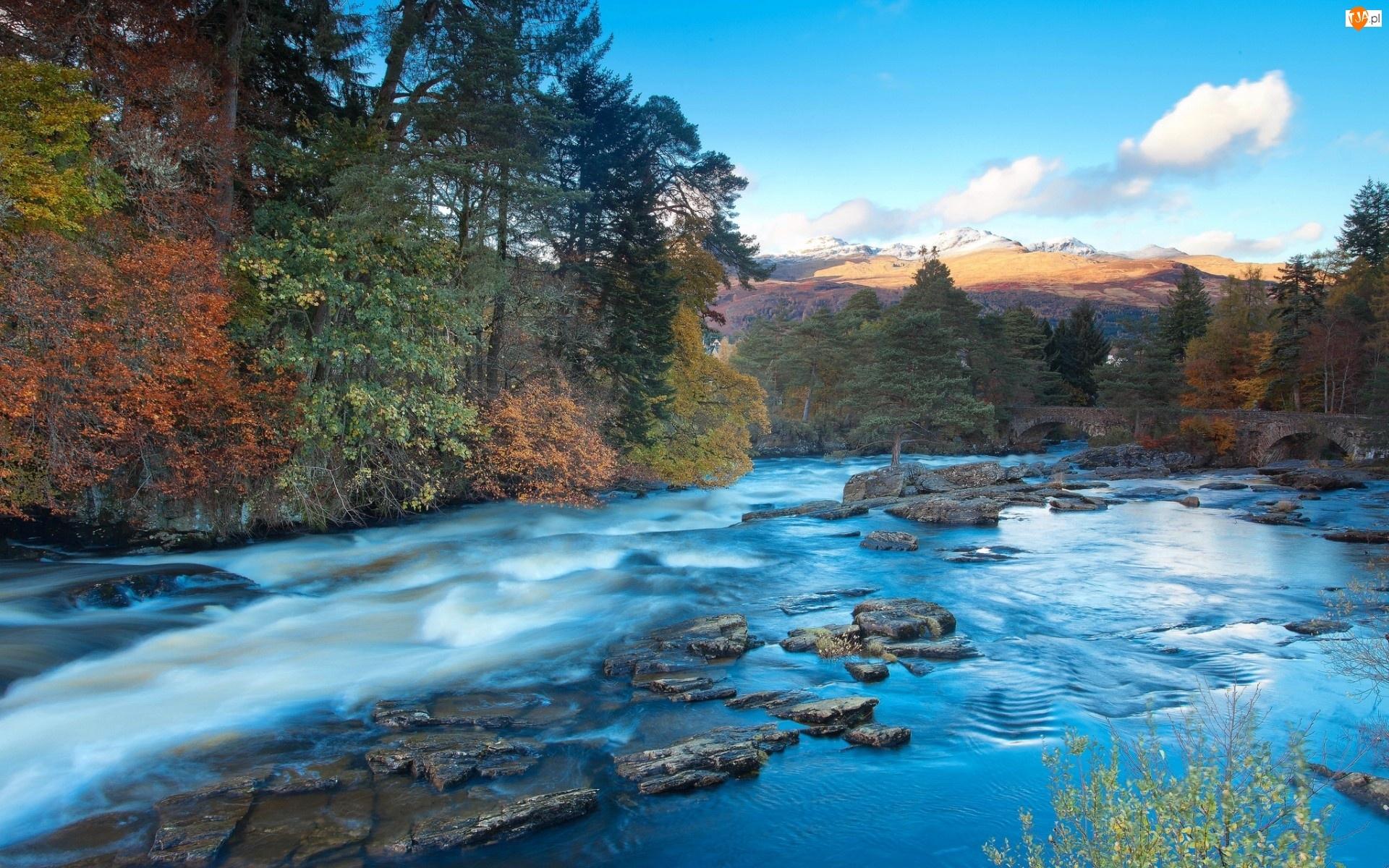 Kamienie, Góry, Rzeka, Jesień, Most, Drzewa