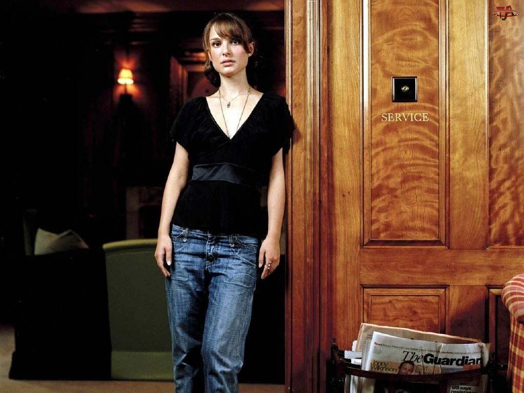 Natalie Portman, SERVICE