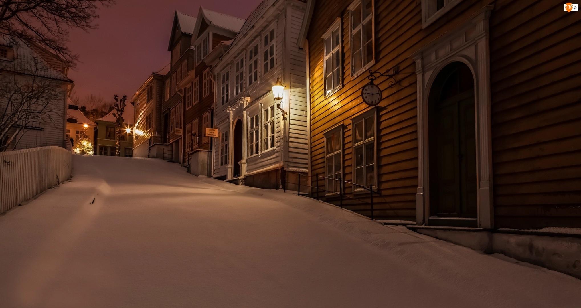 Domy, Norwegia, Ulica, Zima