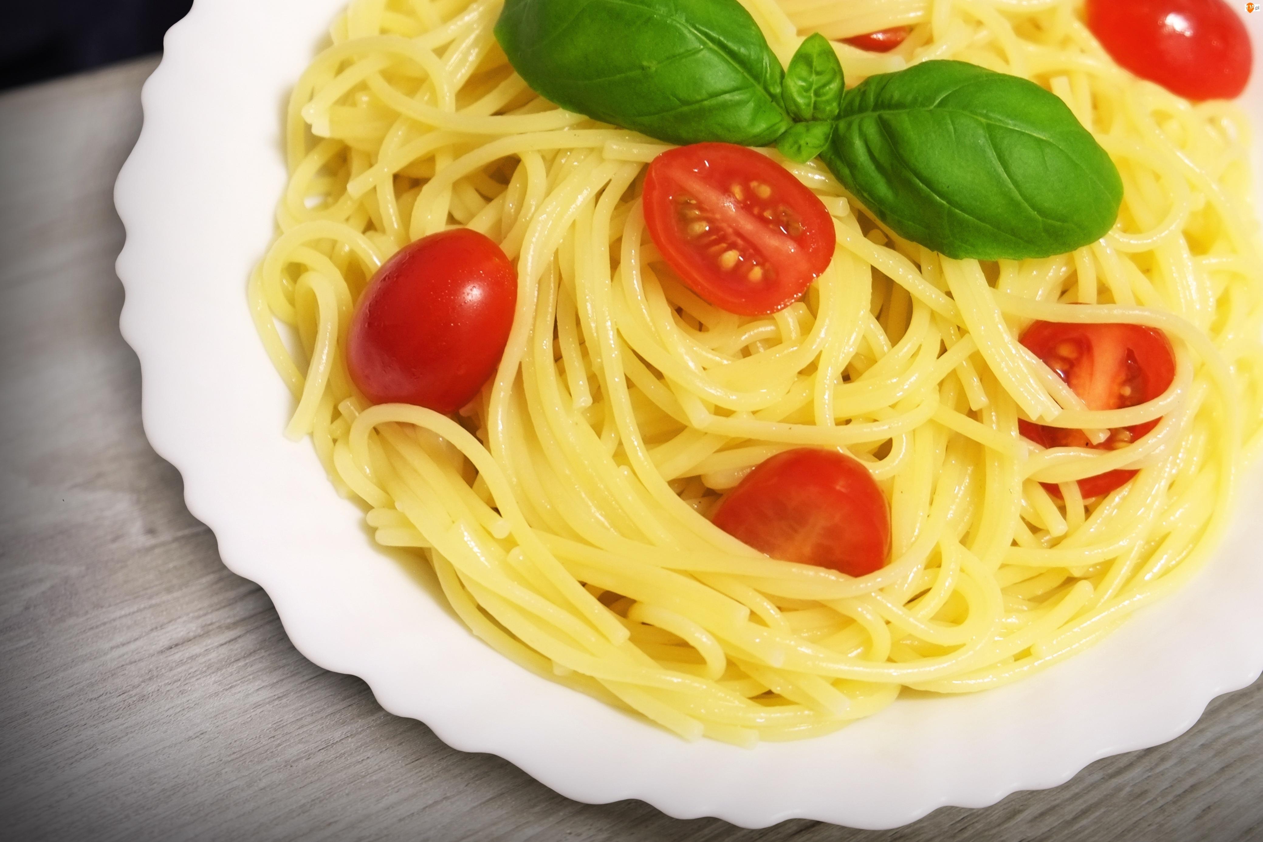 Bazylia, Spaghetti, Pomidory