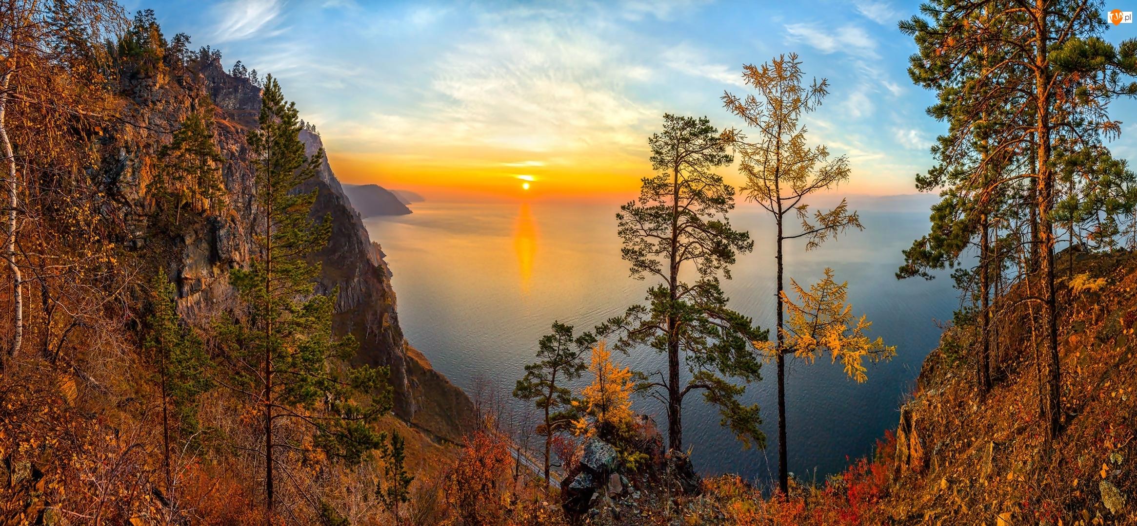 Drzewa, Rosja, Zachód słońca, Jezioro Bajkał, Jesień