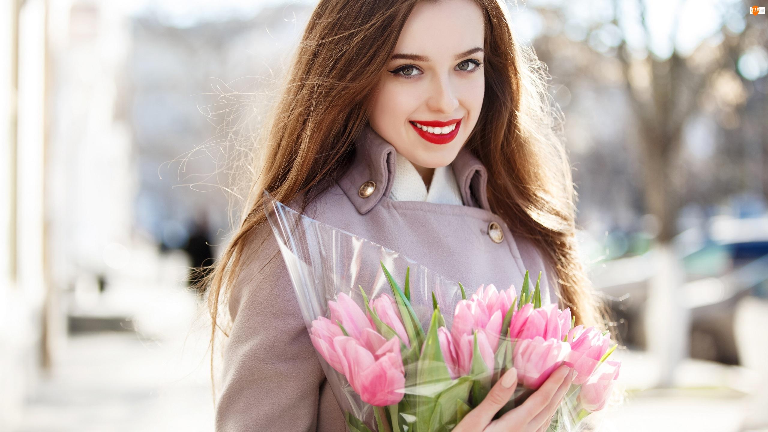 Uśmiechnięta, Tulipany, Kobieta, Różowe