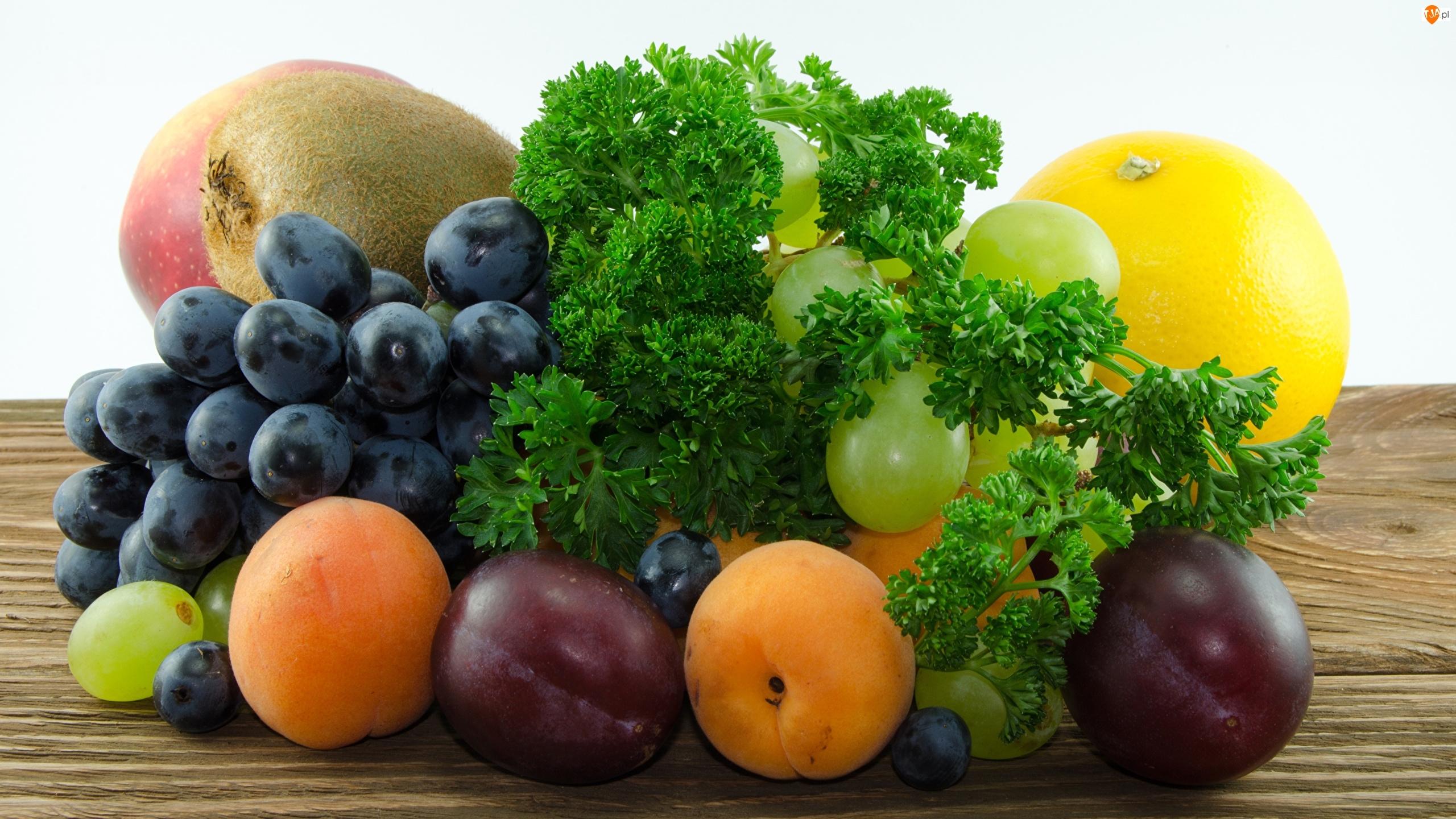 Winogrono, Śliwki, Pietruszka naciowa, Owoce, Grejpfrut, Morele, Kiwi