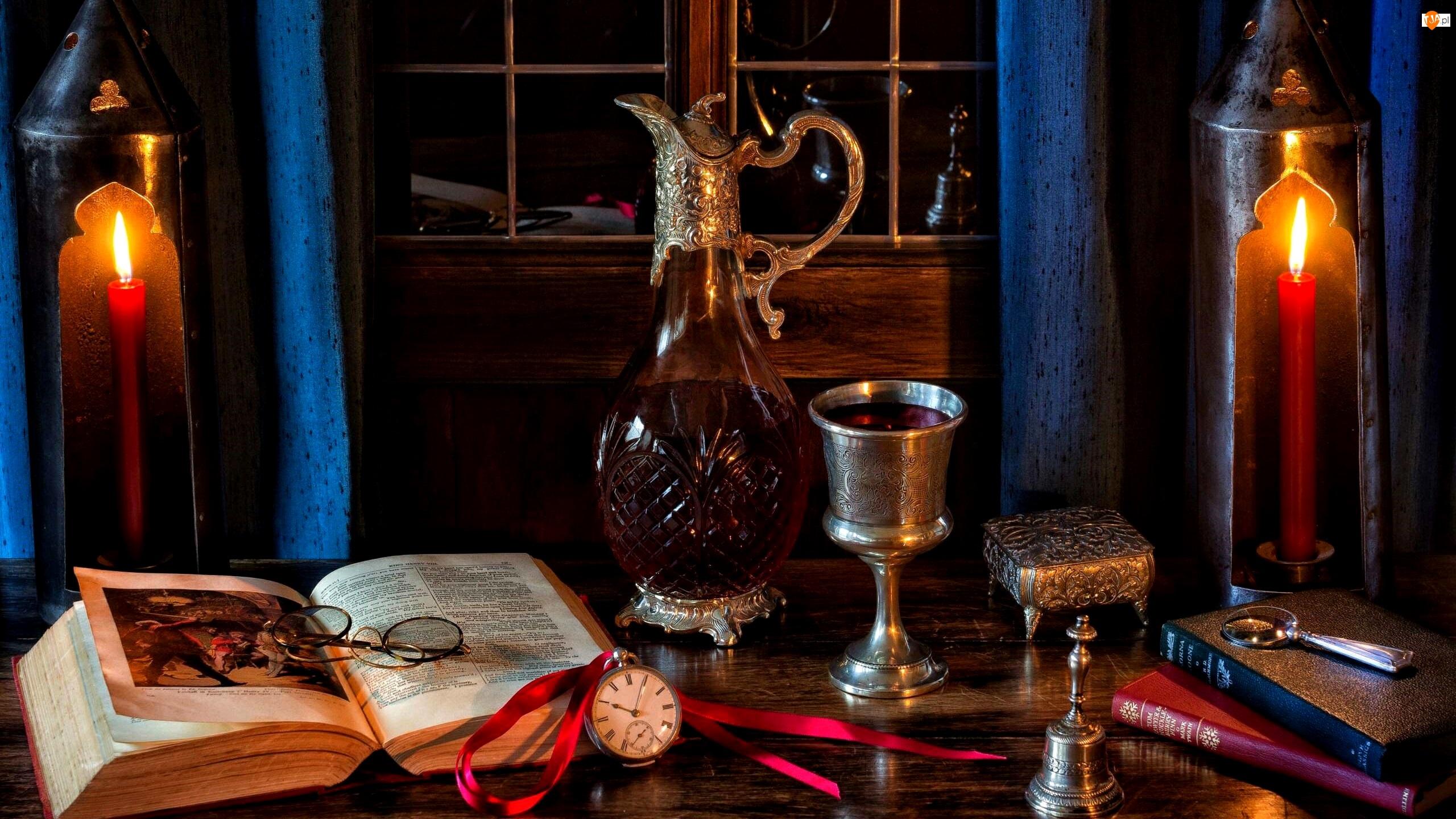 Karafka, Wino, Świece, Kompozycja, Lampiony, Okulary, Książka