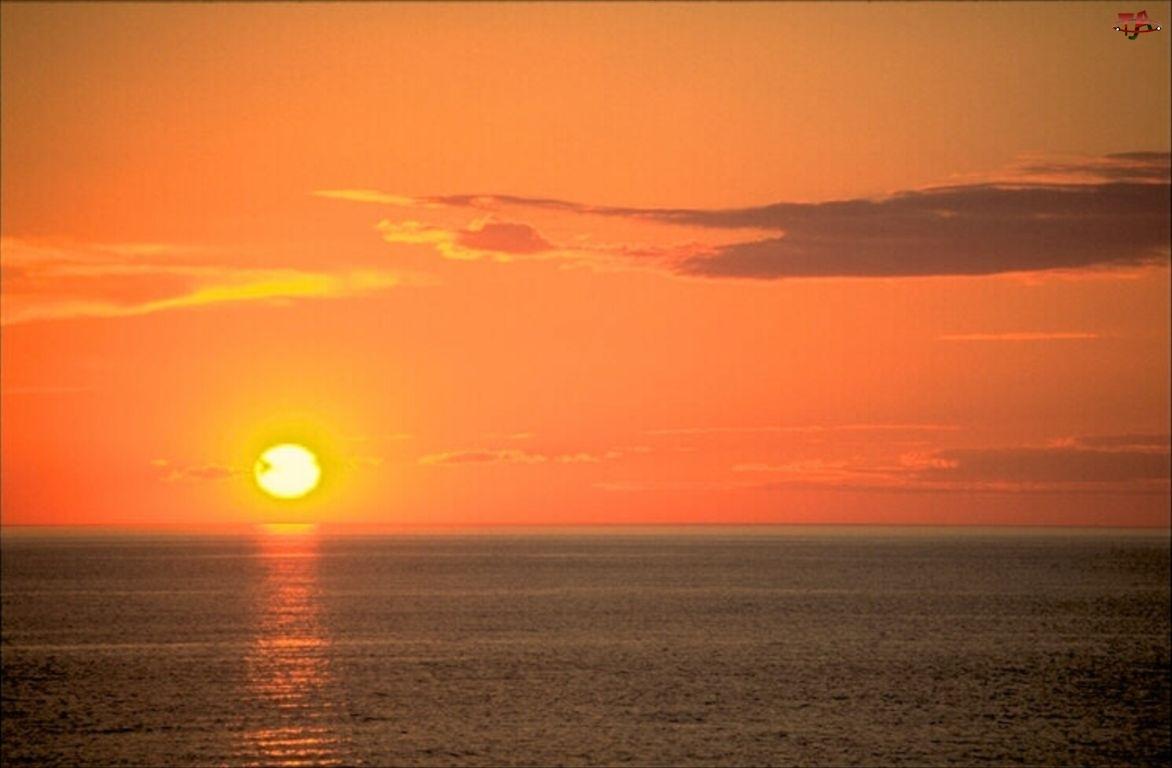 Zachód Słońca, Niebo