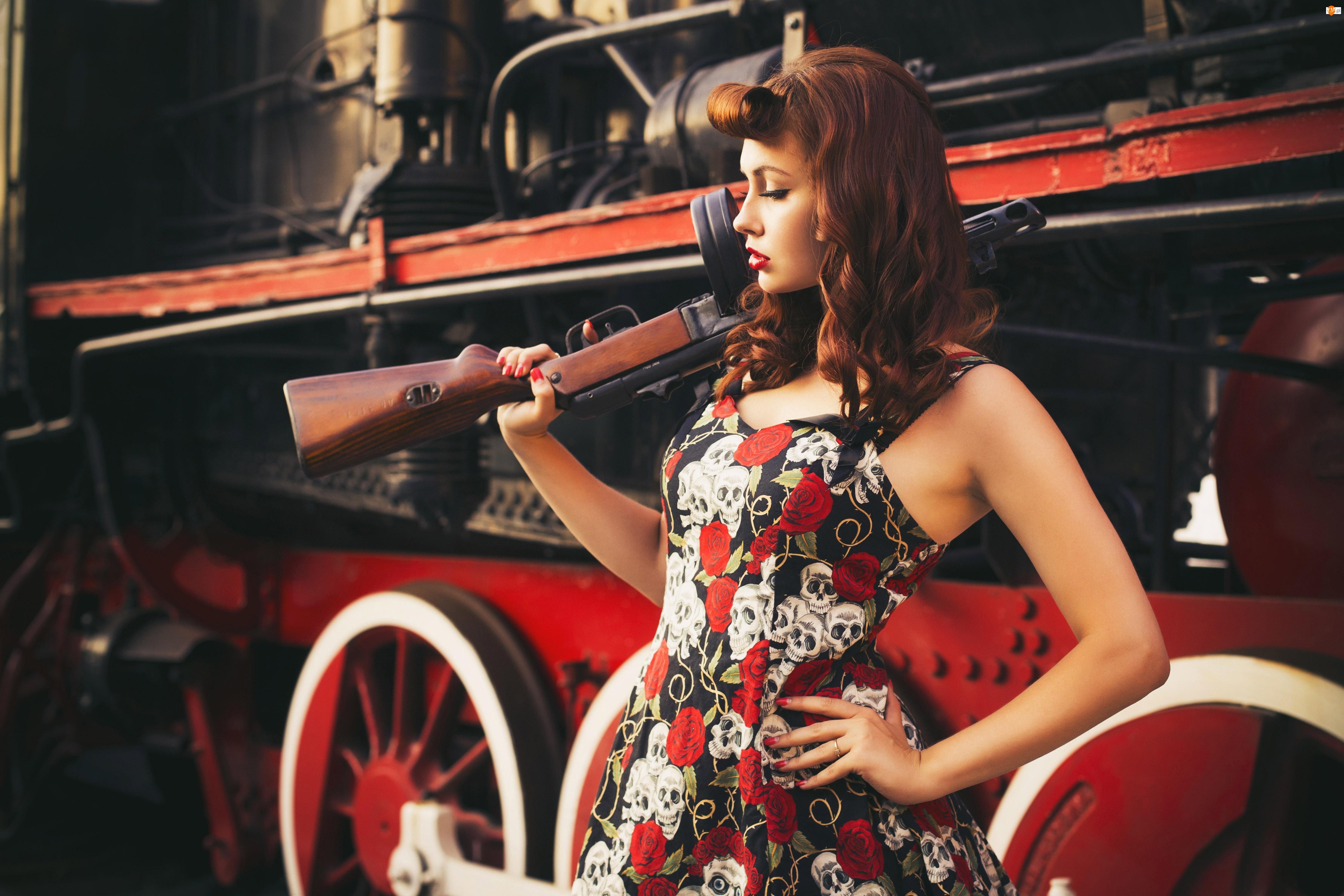 Pistolet, Thompson, Rudowłosa, Lokomotywa, Kobieta, Maszynowy