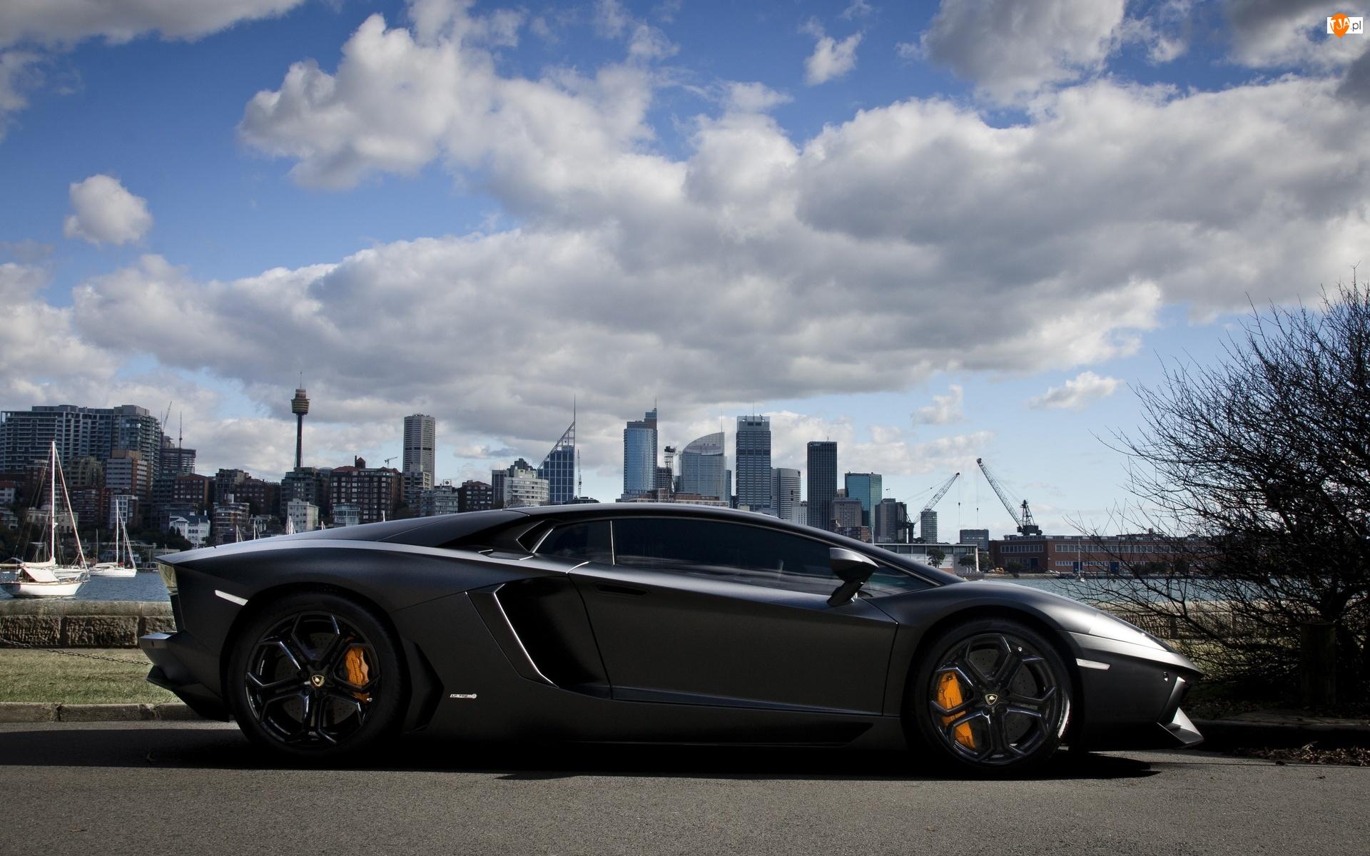 Ulica, Miasta, Lamborghini, Chmury, Aventador, Panorama