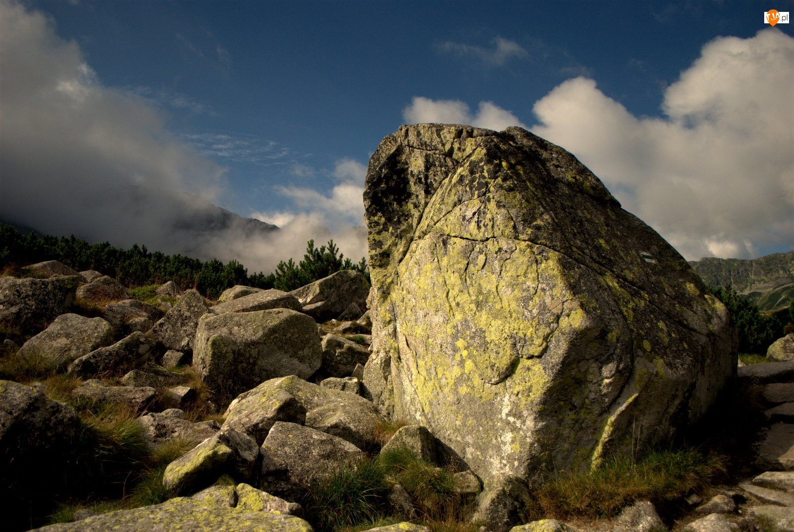 Góry, Kamienie