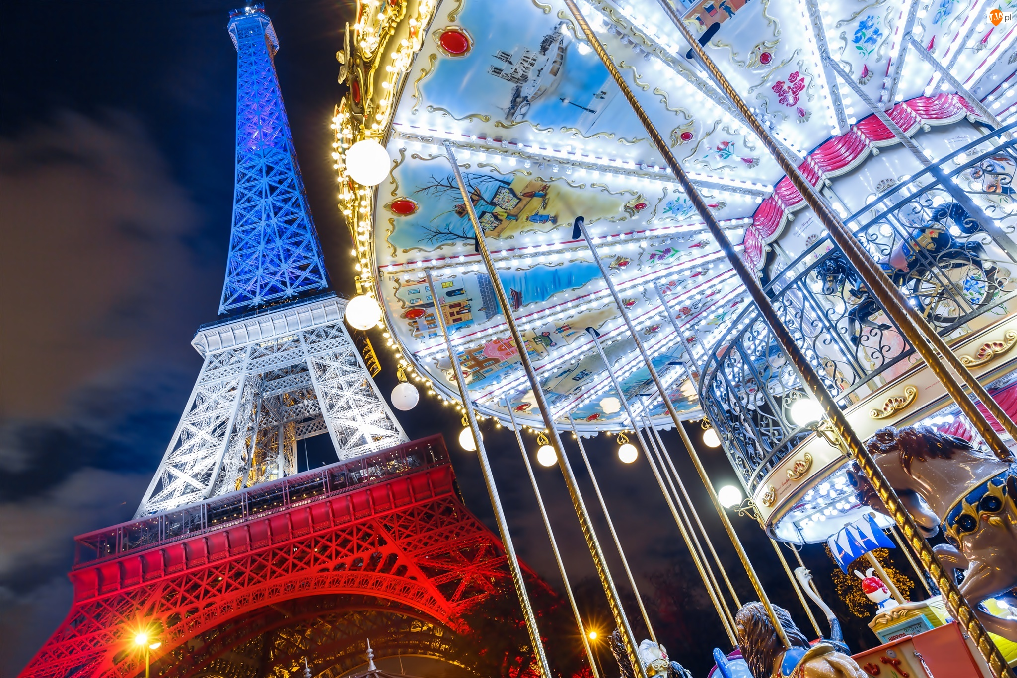 Wieża Eiffla, Francja, Wesołe miasteczko, Paryż, Karuzela